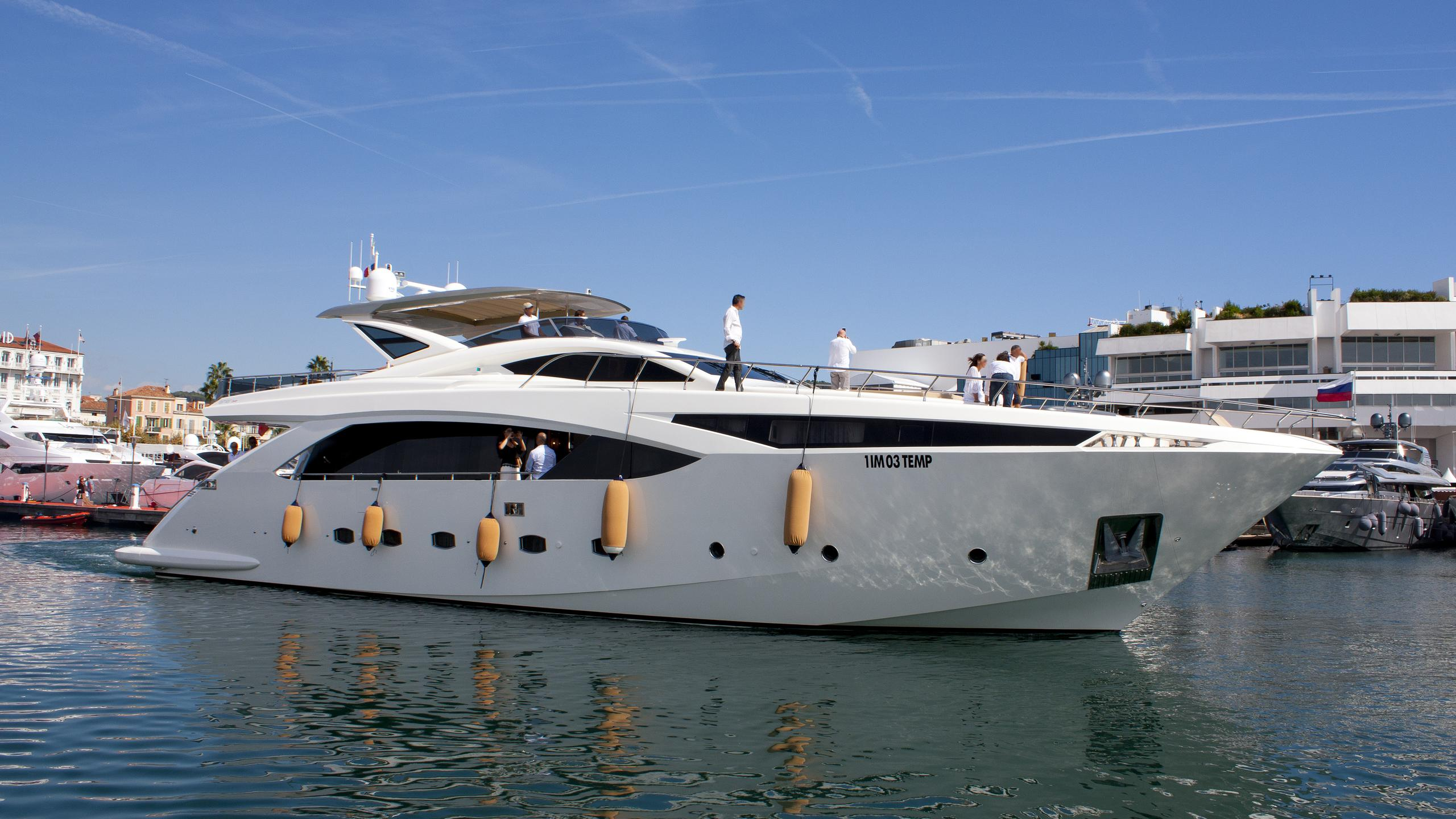 debra one lady liudmila motoryacht permare amer cento 30m 2013 profile before refit