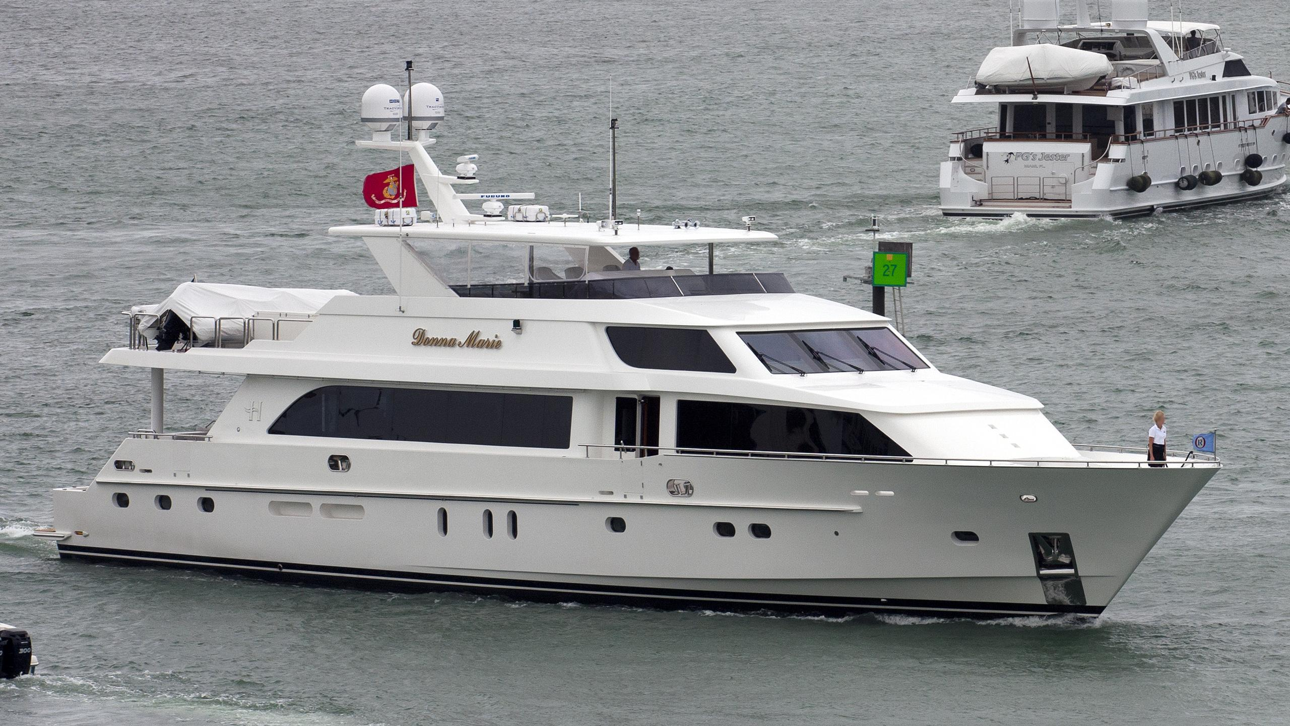 donna-marie-ii-yacht-exterior
