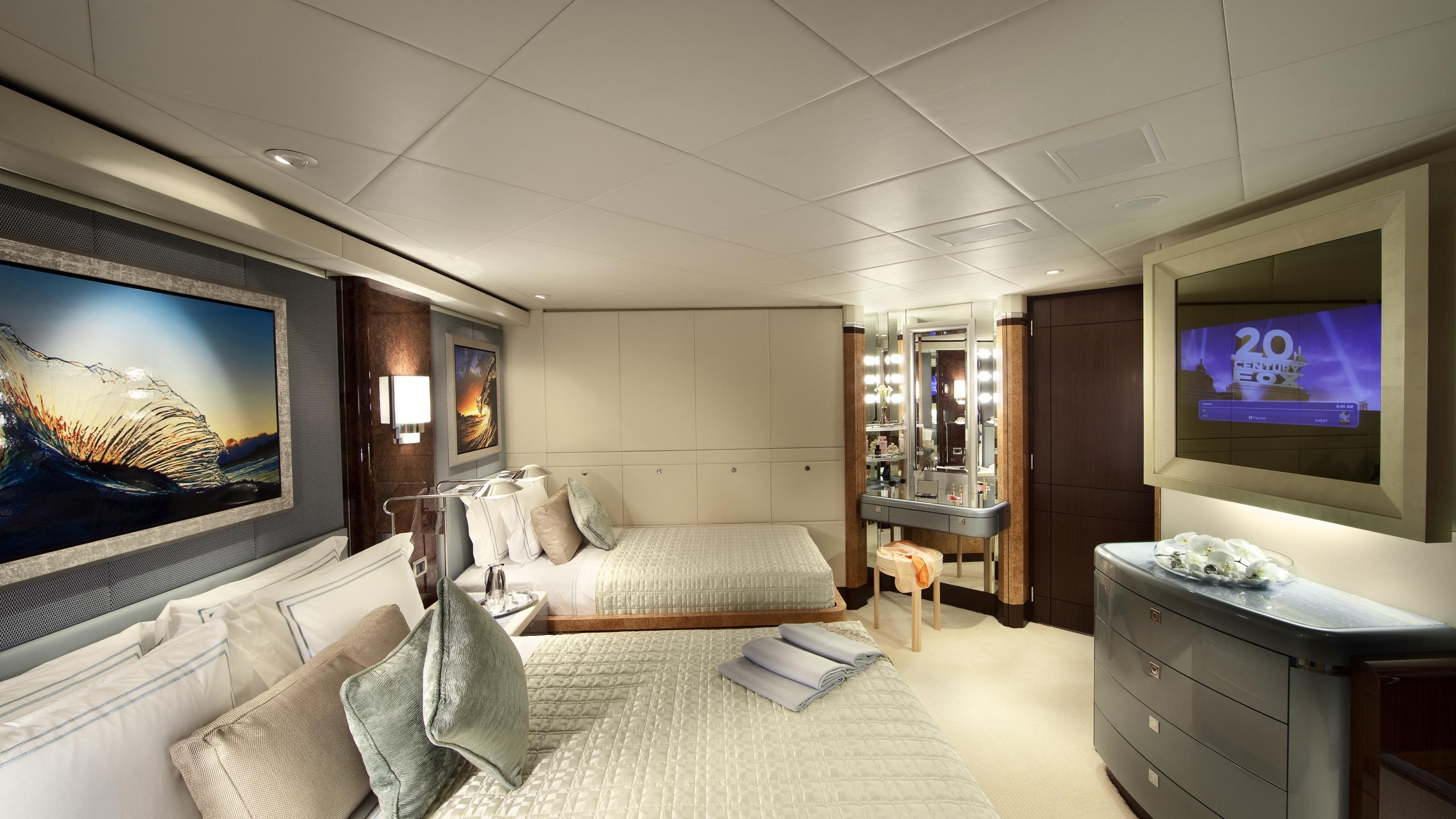 sycara-v-yacht-twin-cabin