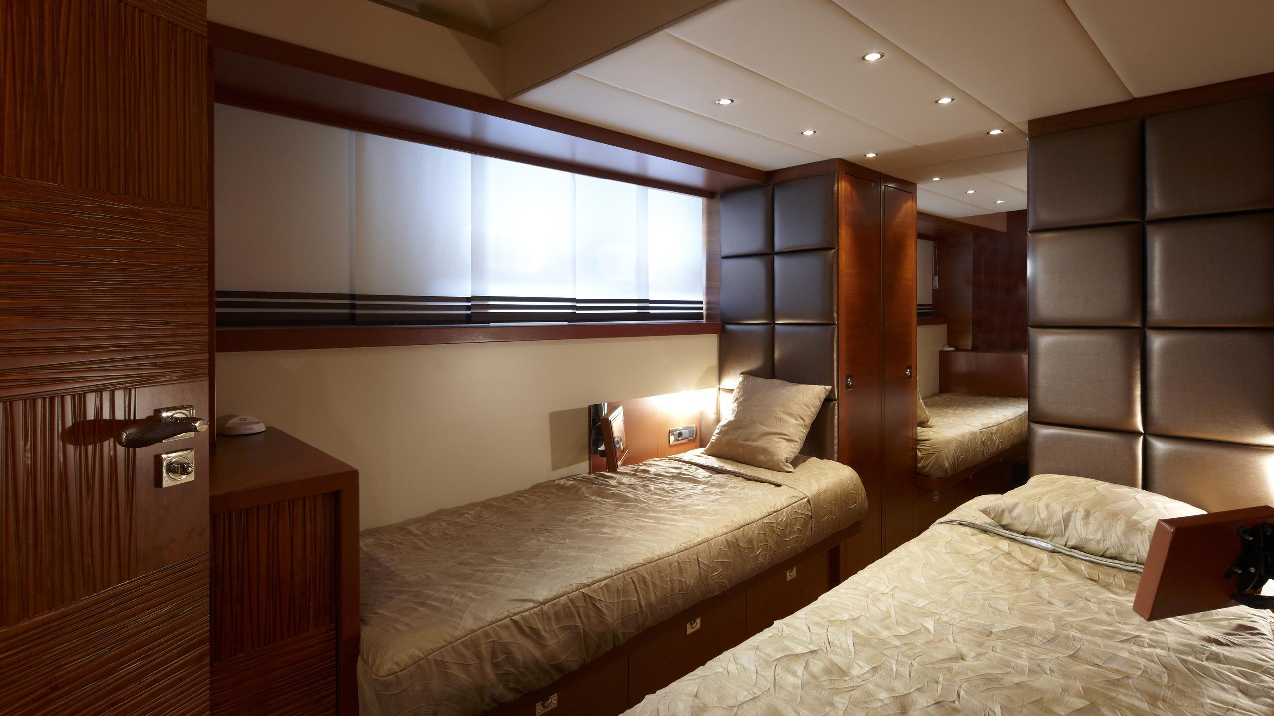 sofia-ii-yacht-twin-cabin