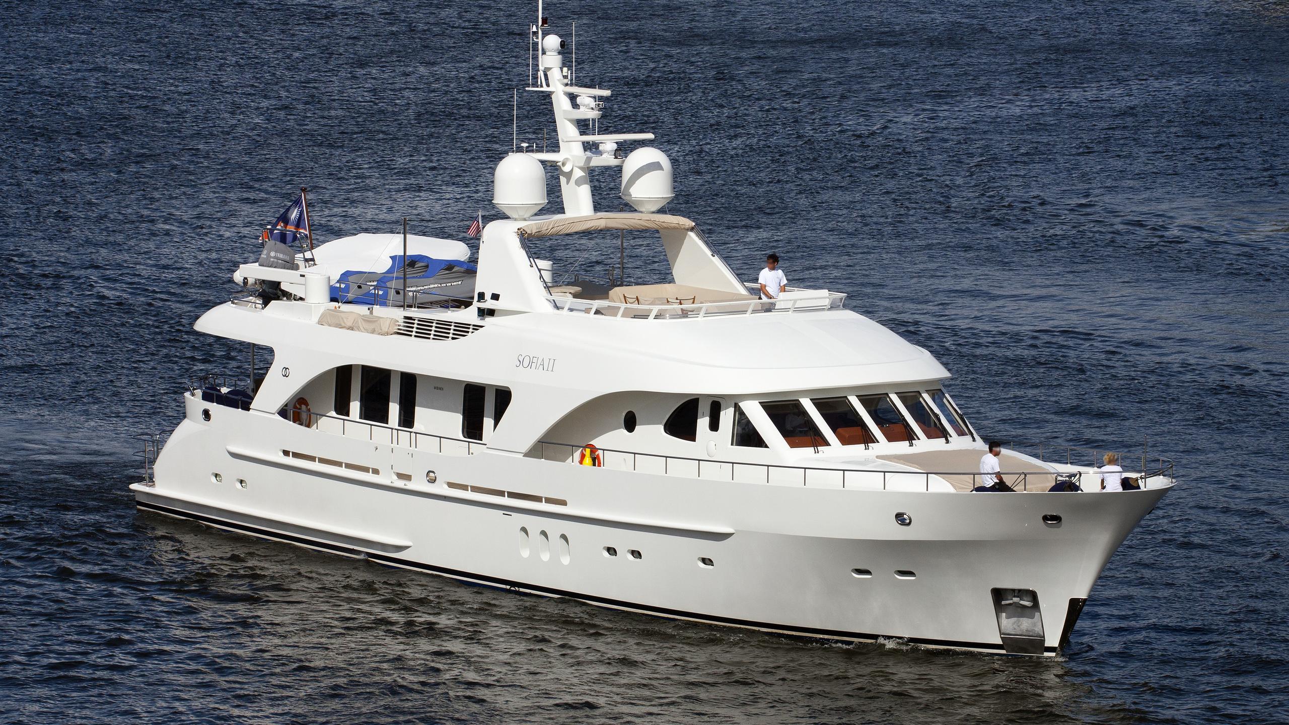 sofia-ii-yacht-exterior