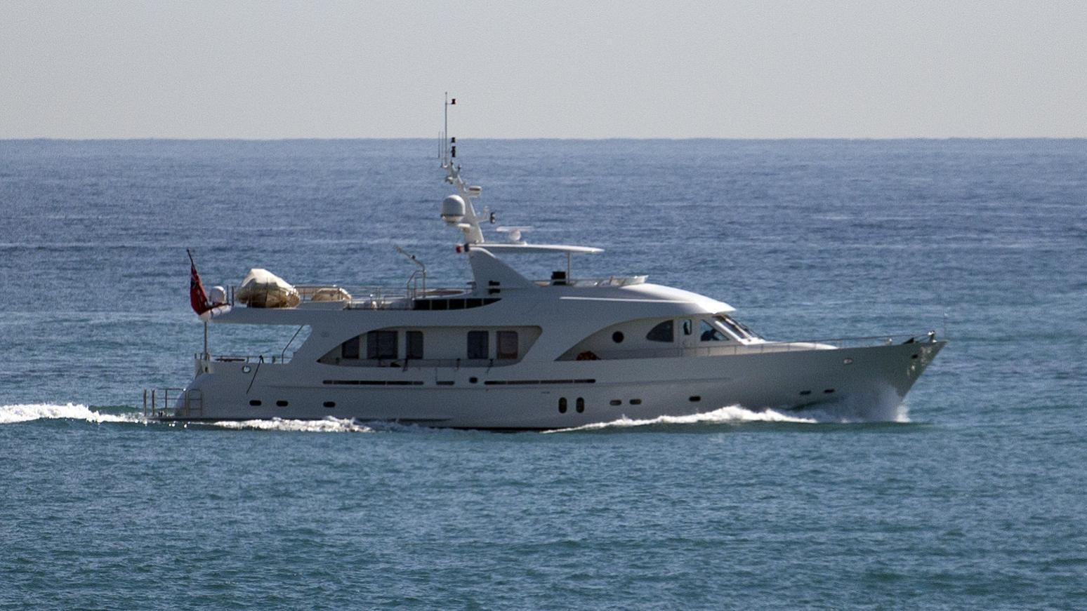 livadia-yacht-exterior
