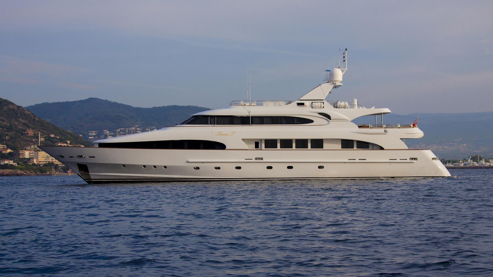 Tania-T-yacht-profile