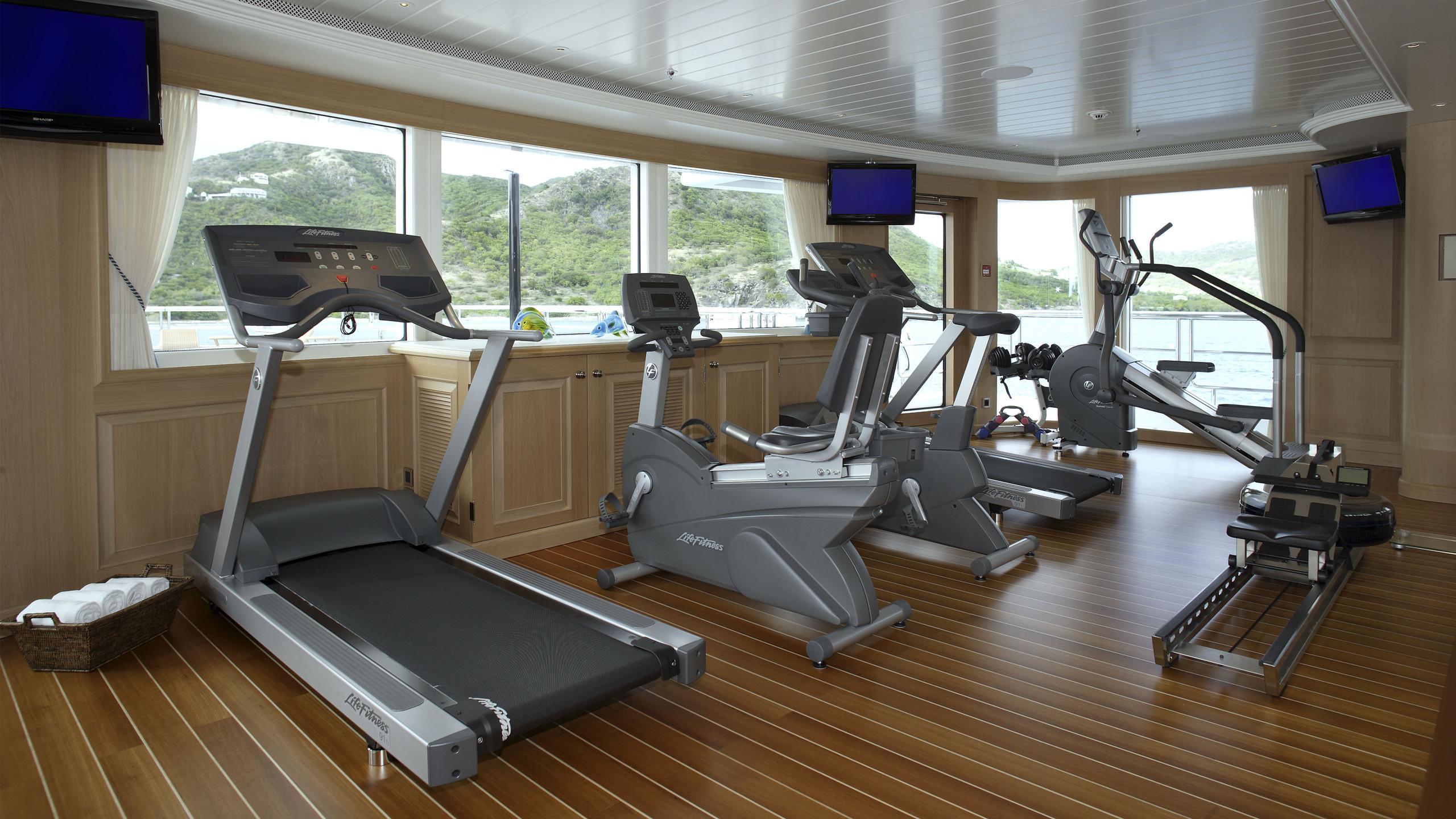 northern-star-yacht-gym