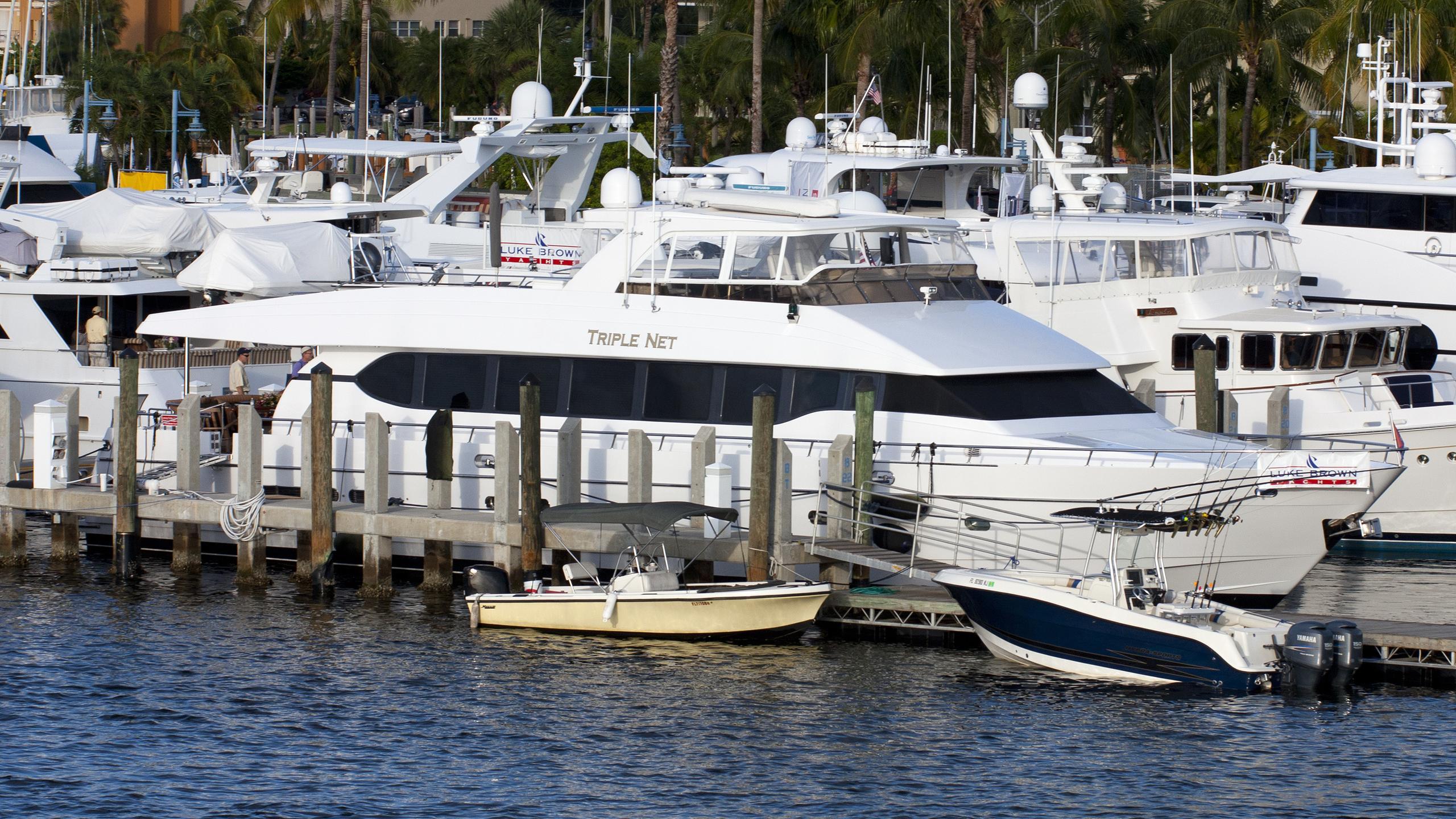 triple-net-yacht-exterior