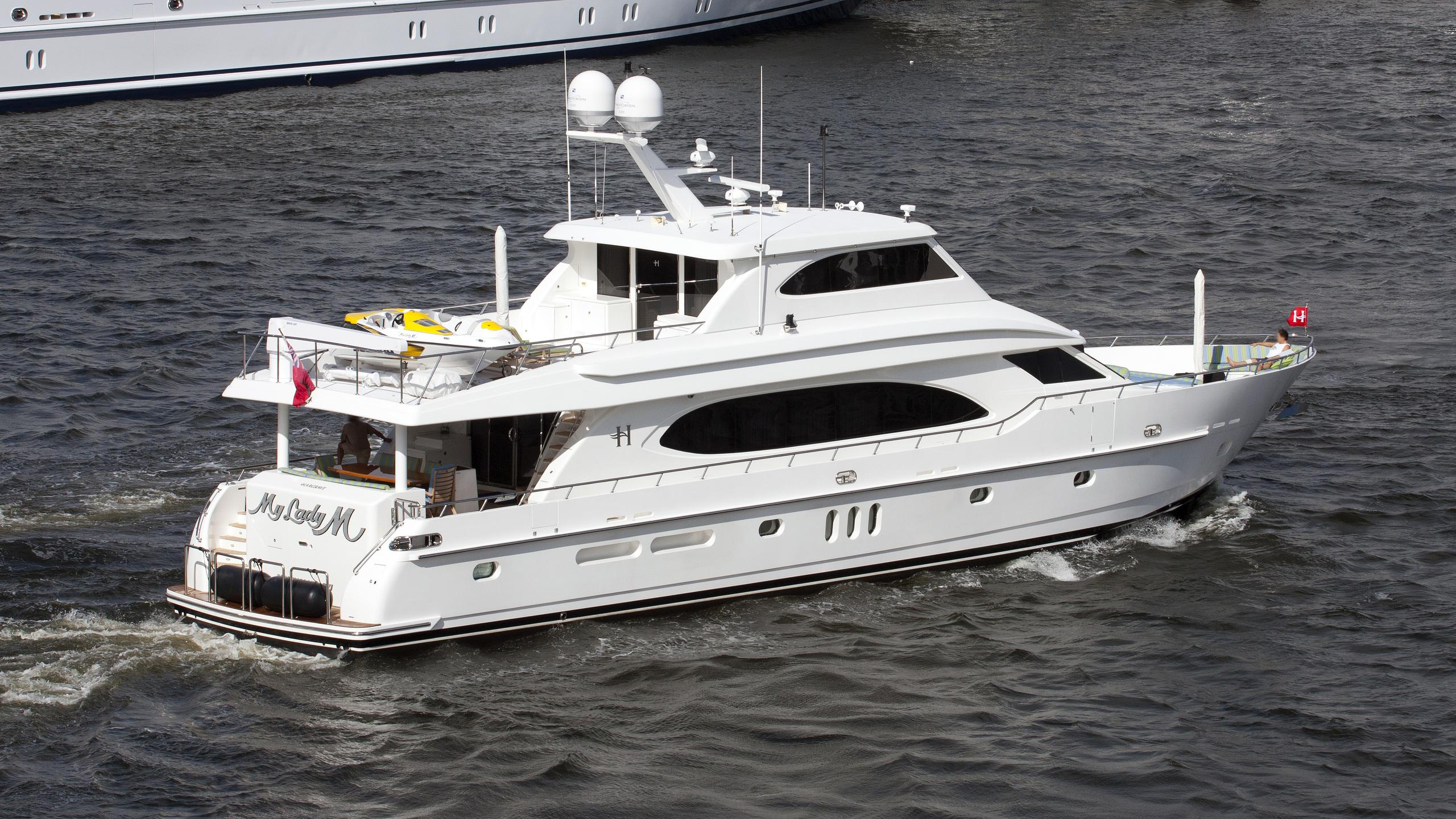 my-lady-m-yacht-exterior
