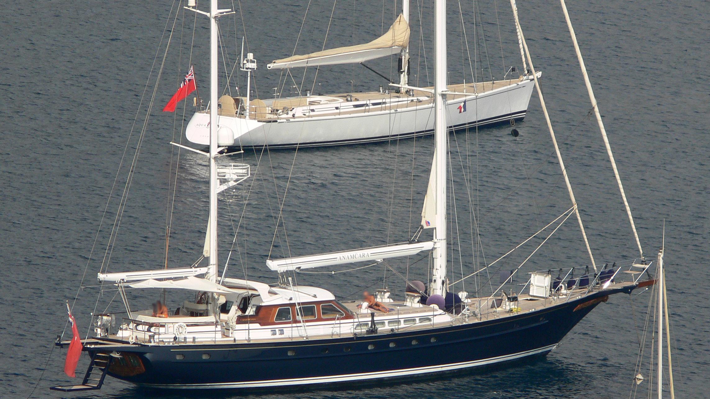 anamcara-yacht-exterior