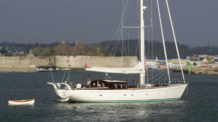 atao-yacht-for-sale-profile