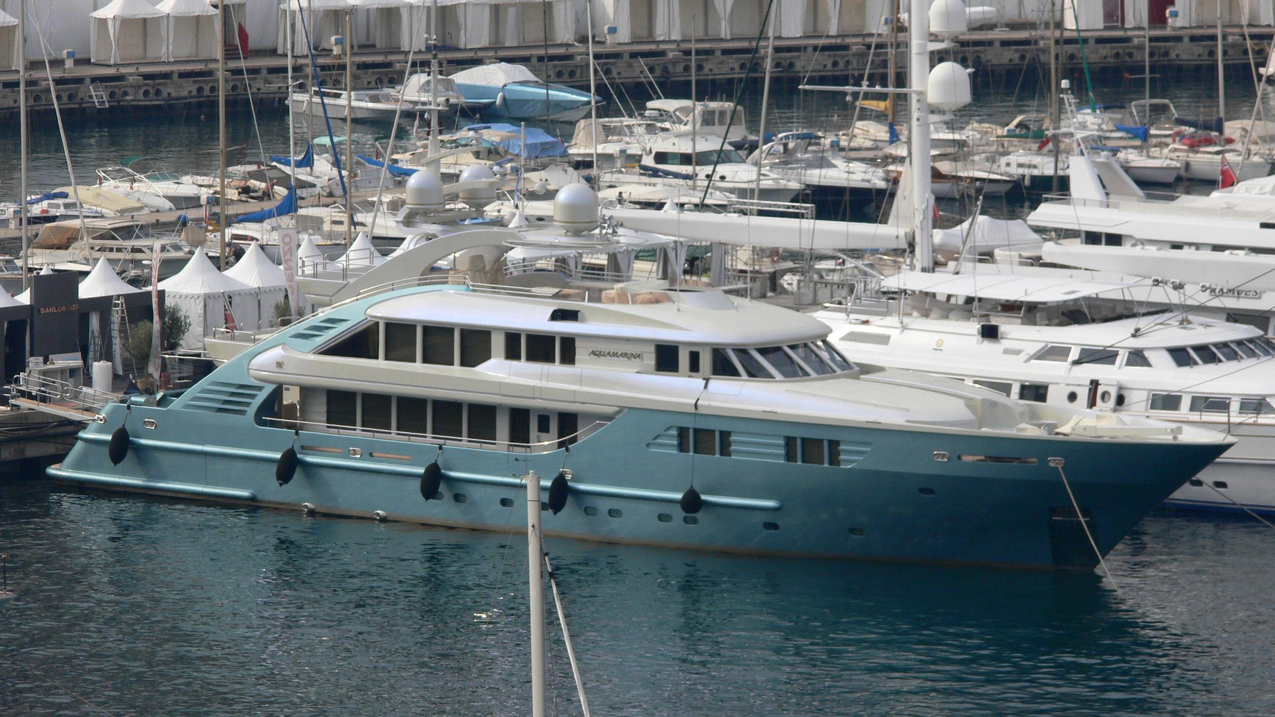 aquamarina-yacht-exterior