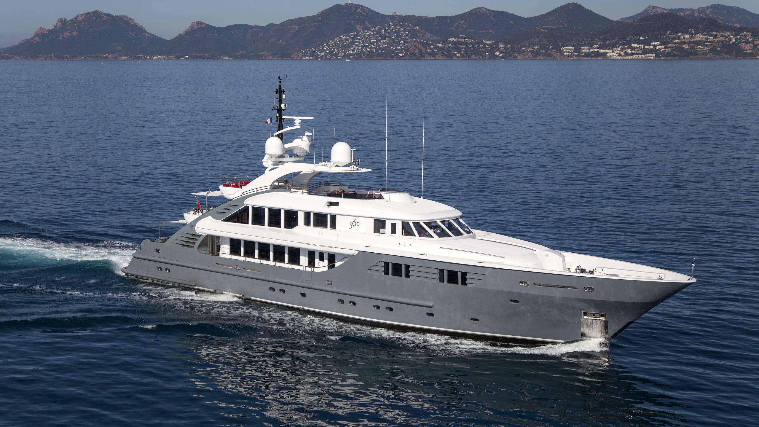 lady mm 360 sonka motoryacht isa yachts 47m 2003 half profile