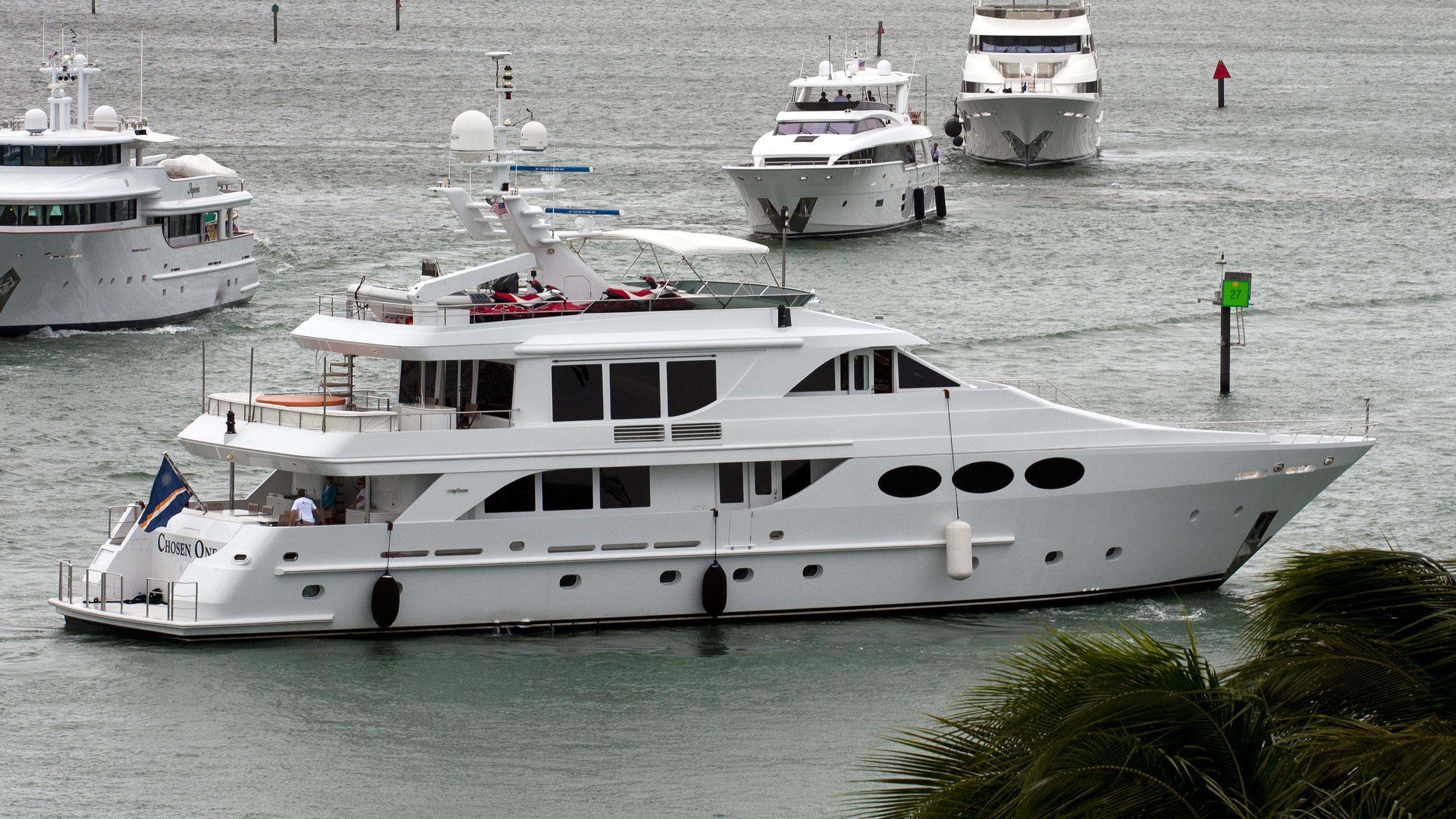 chosen-one-yacht-exterior