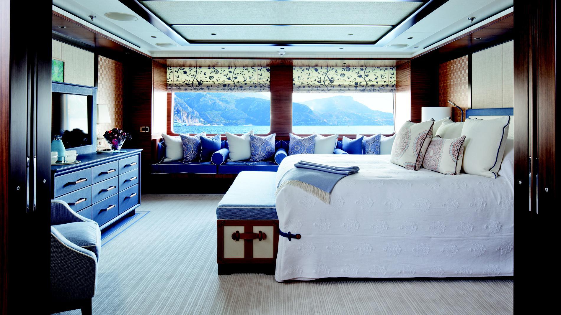 baton-rouge-yacht-master-cabin