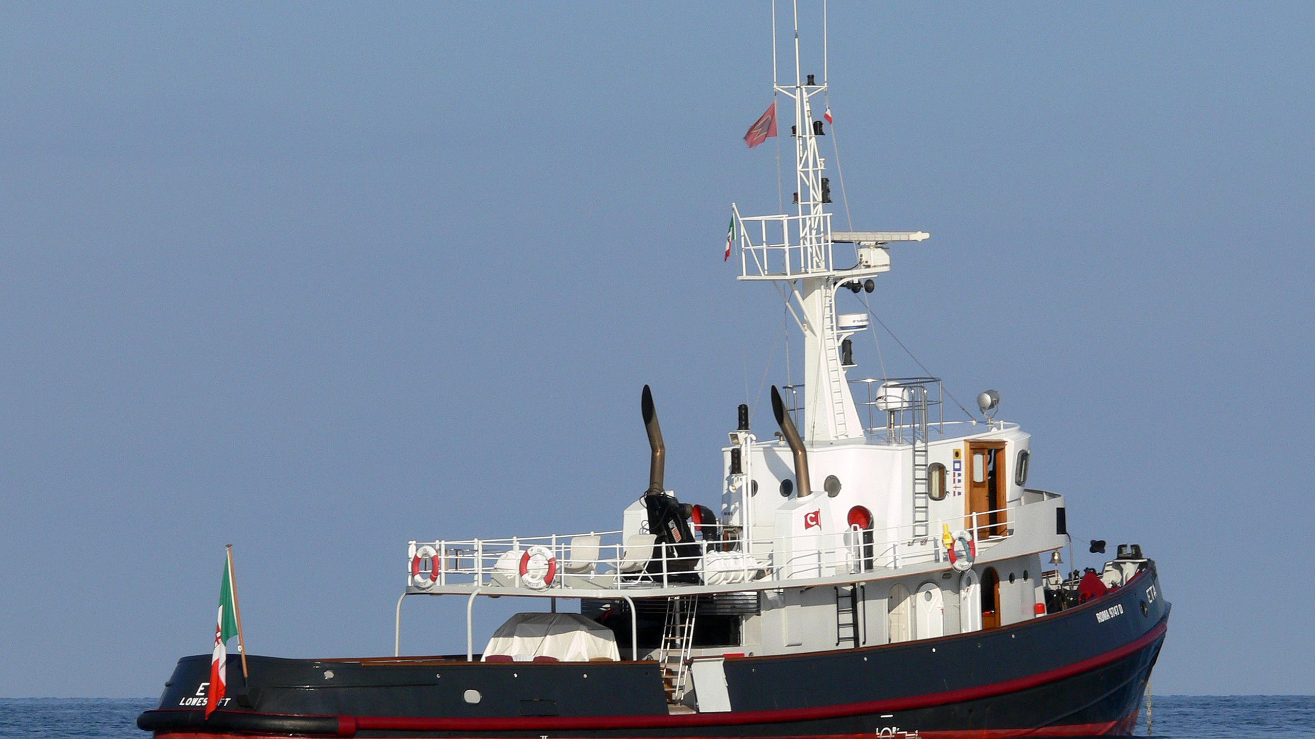 eta-yacht-exterior