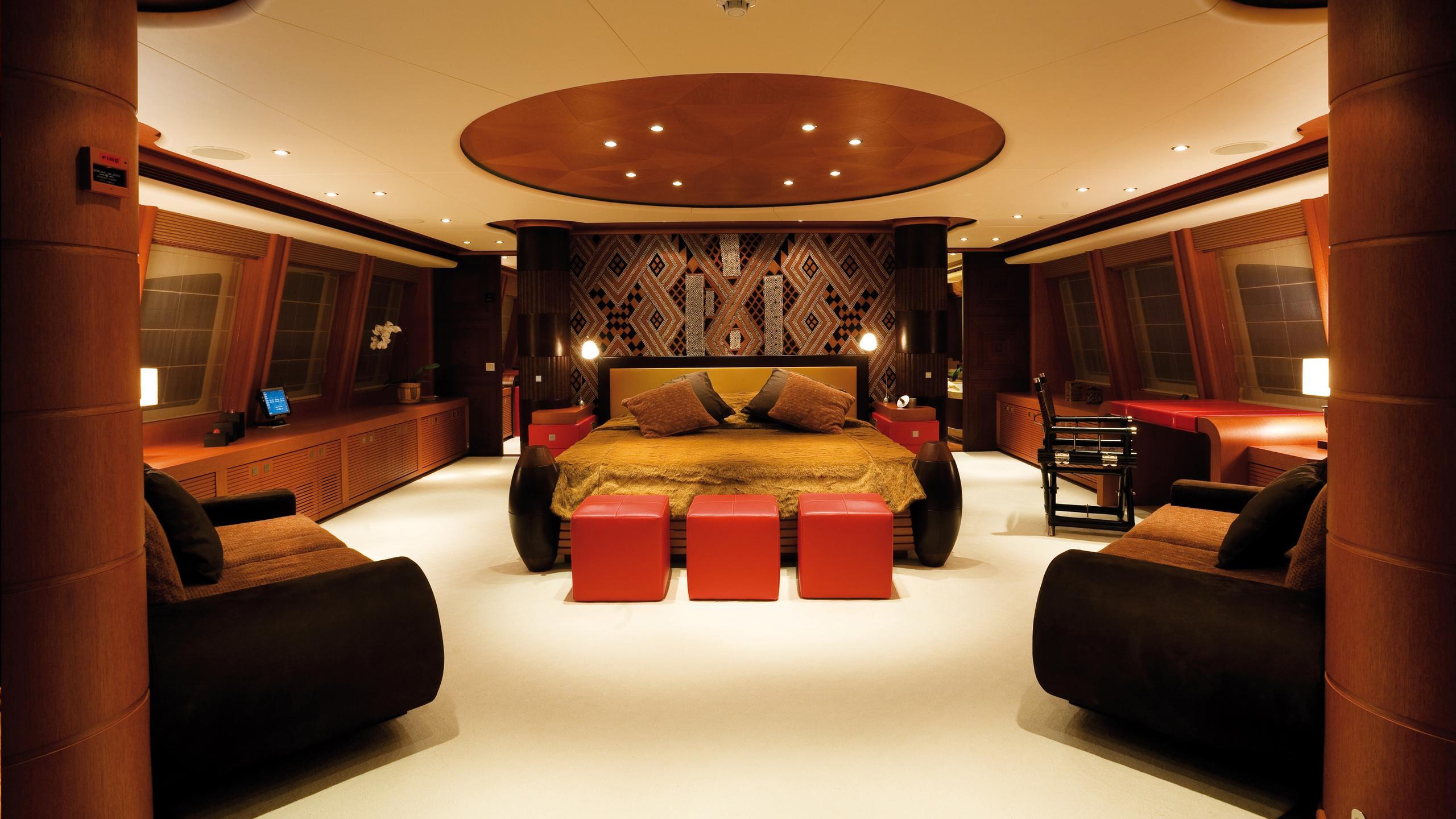 sirocco-yacht-master-cabin