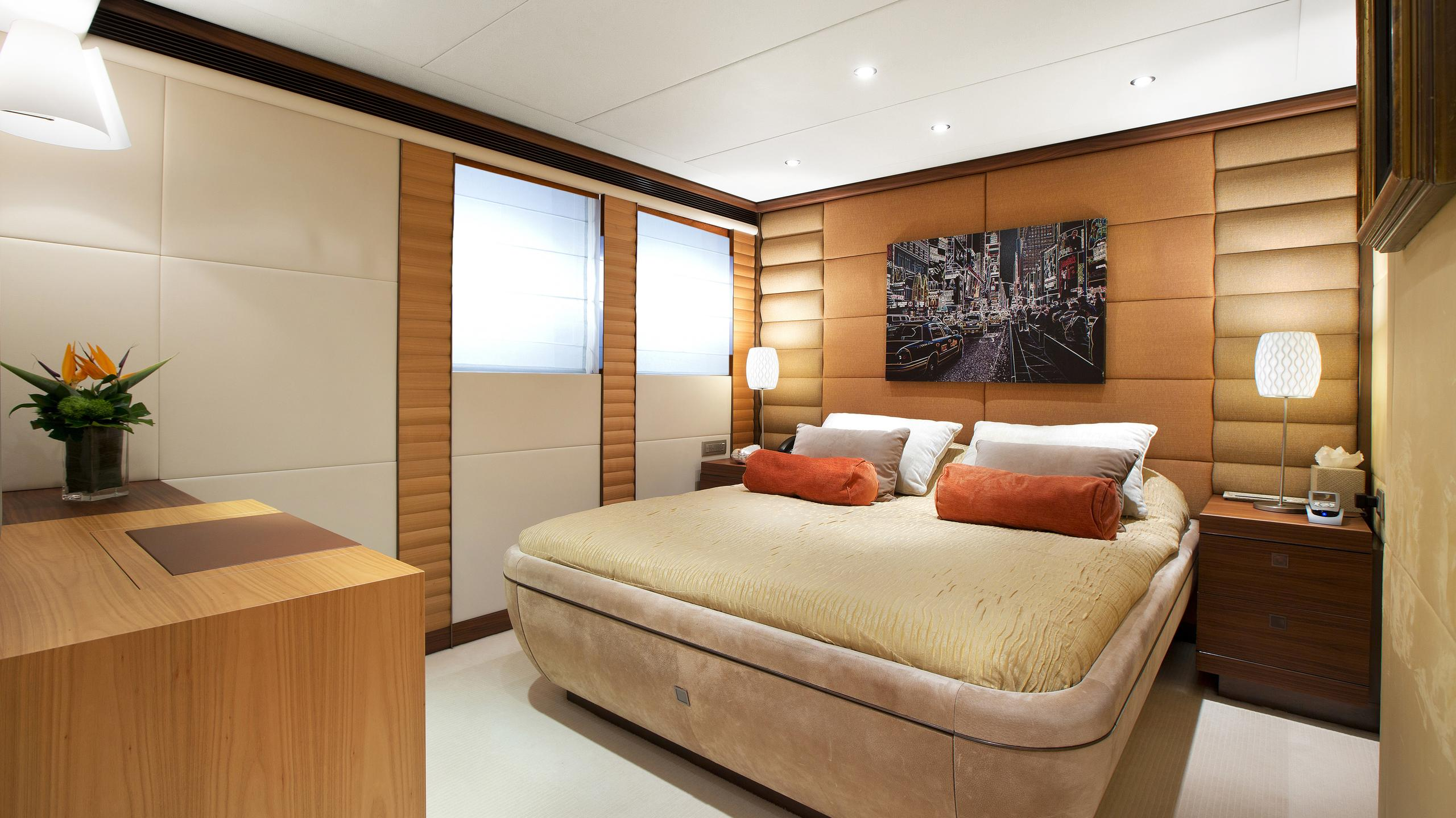 let-it-be-yacht-double-cabin