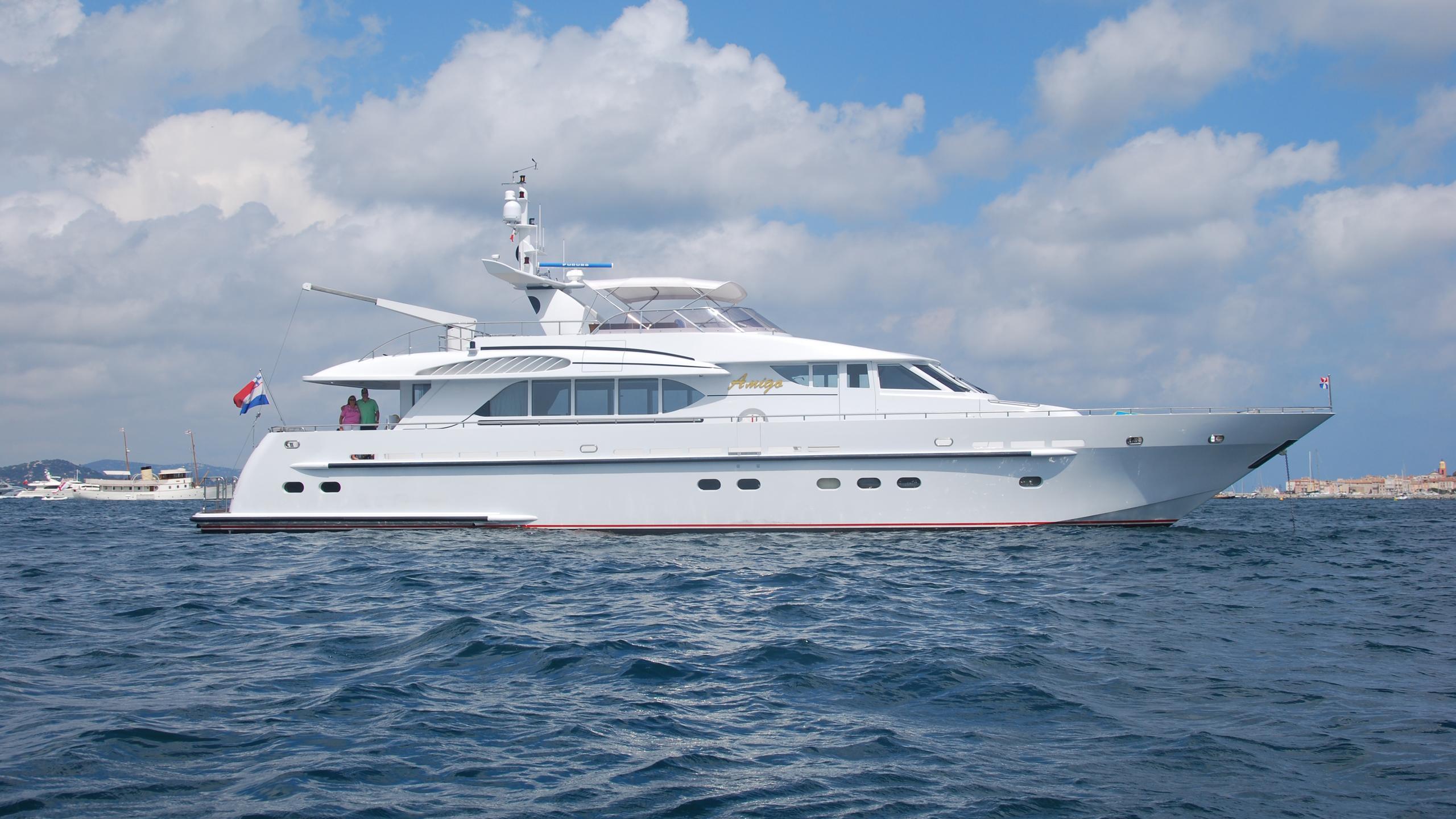 amigo-yacht-profile