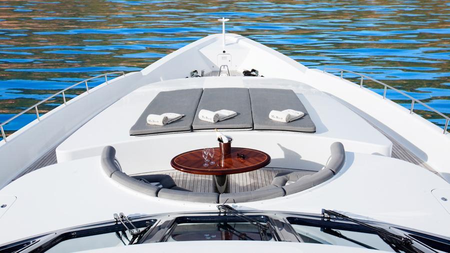 mac-brew-yacht-sunpads