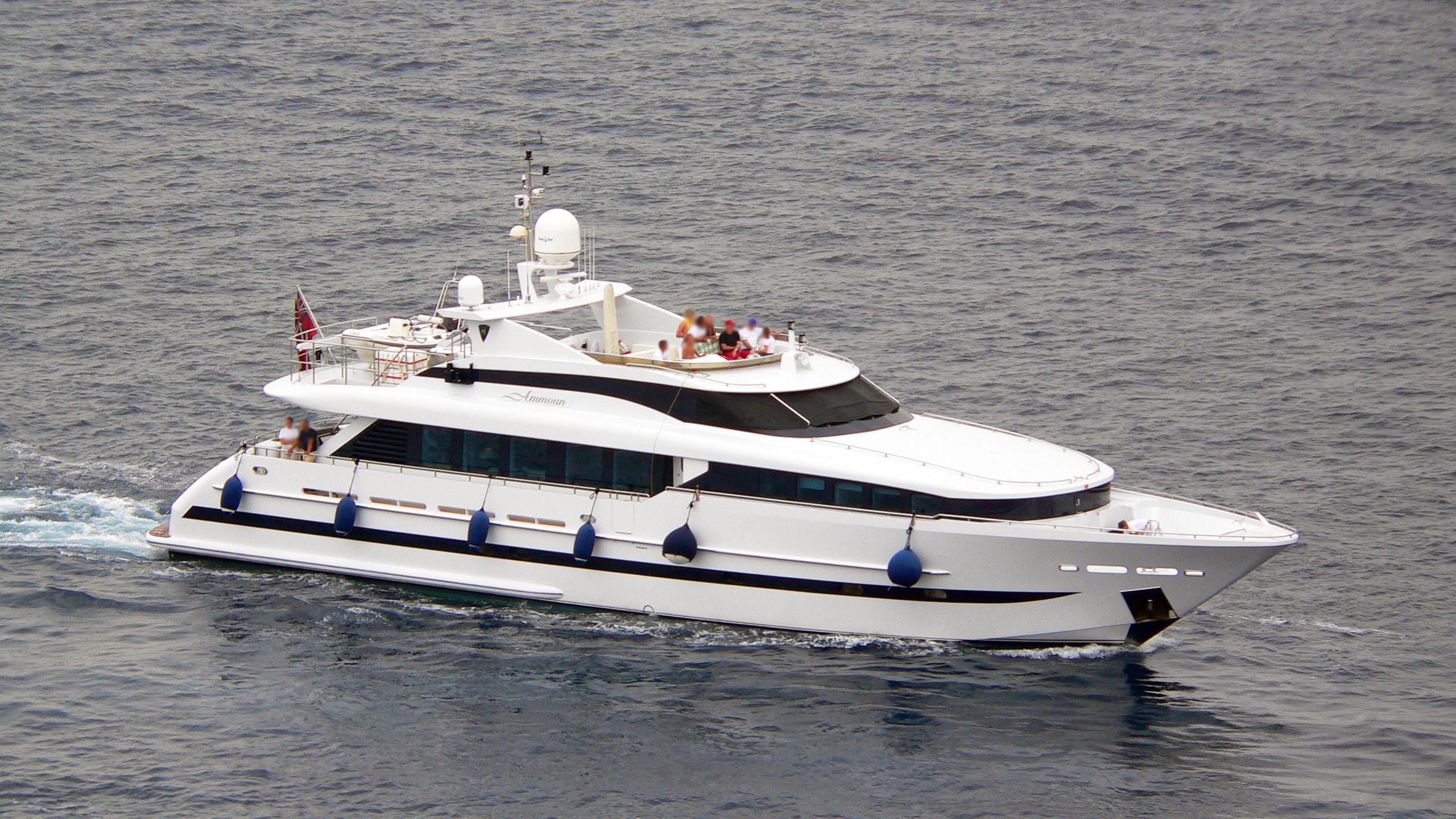 ammoun-of-london-yacht-exterior