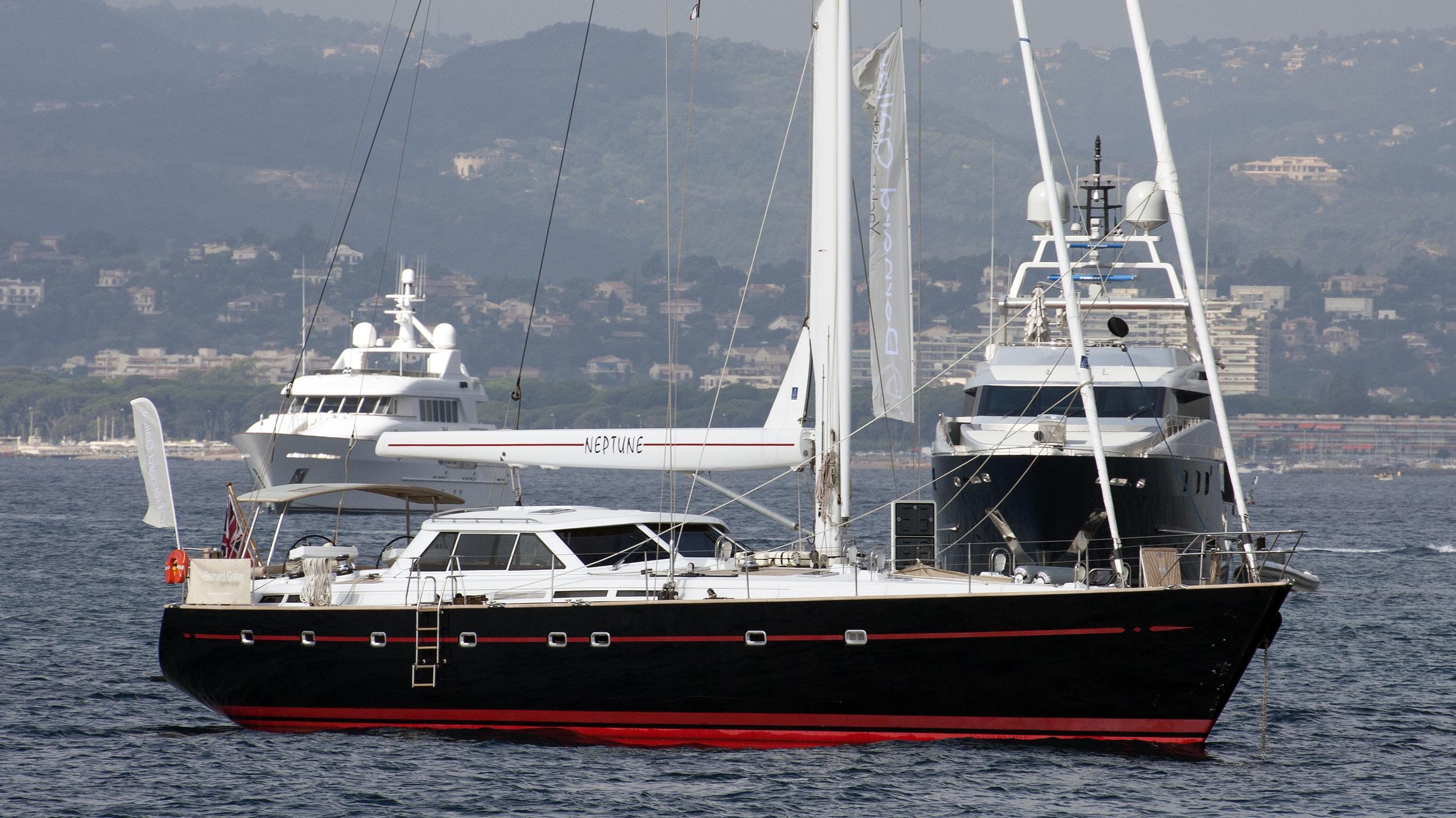 neptune-yacht-exterior