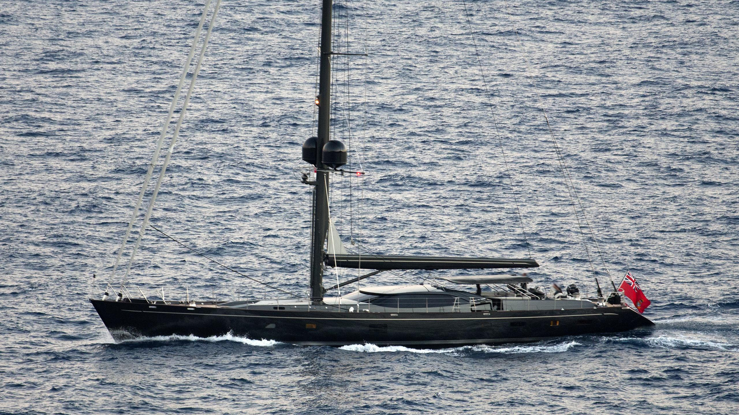 moonbird-yacht-exterior