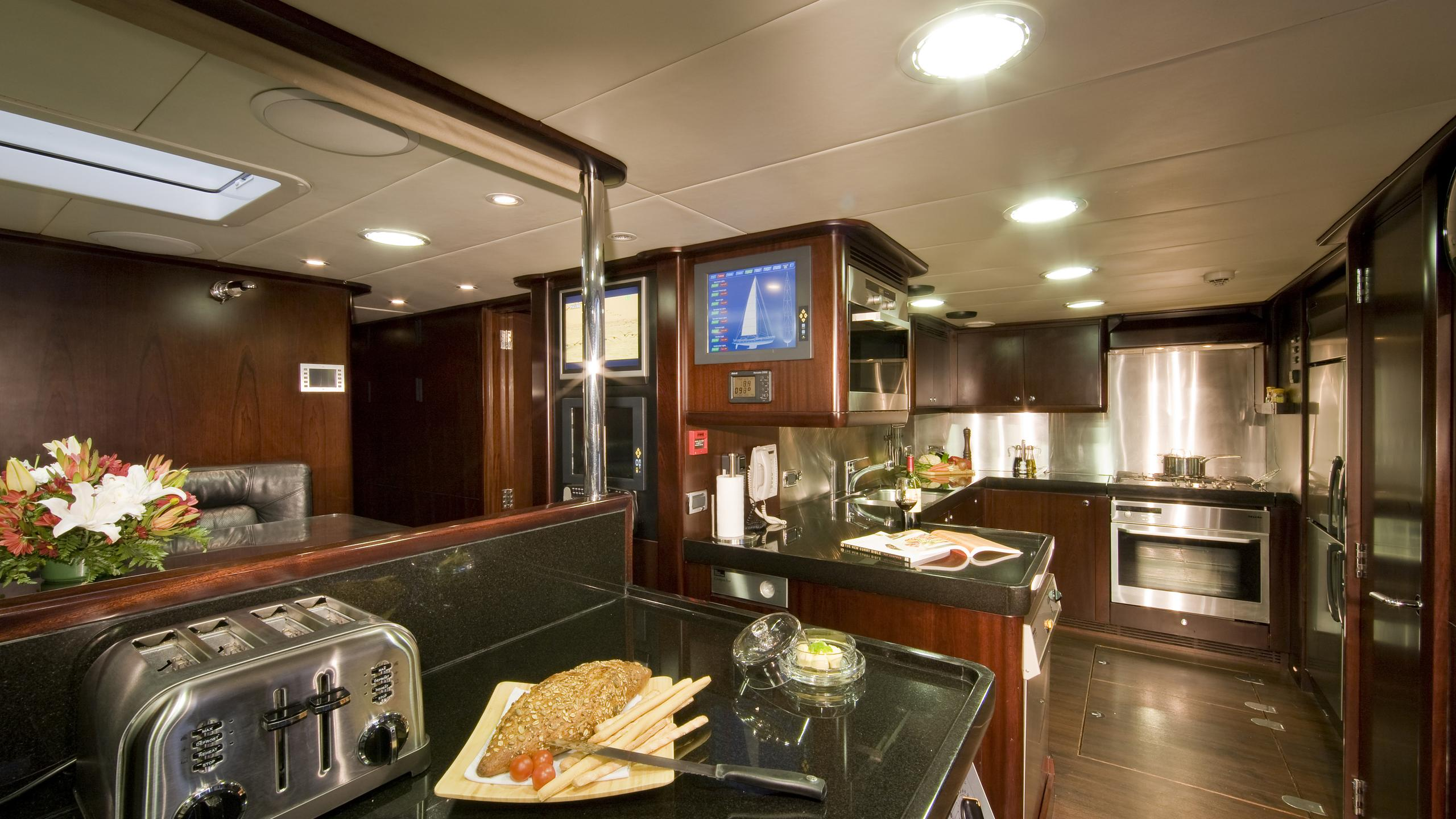 ludynosa-g-yacht-galley