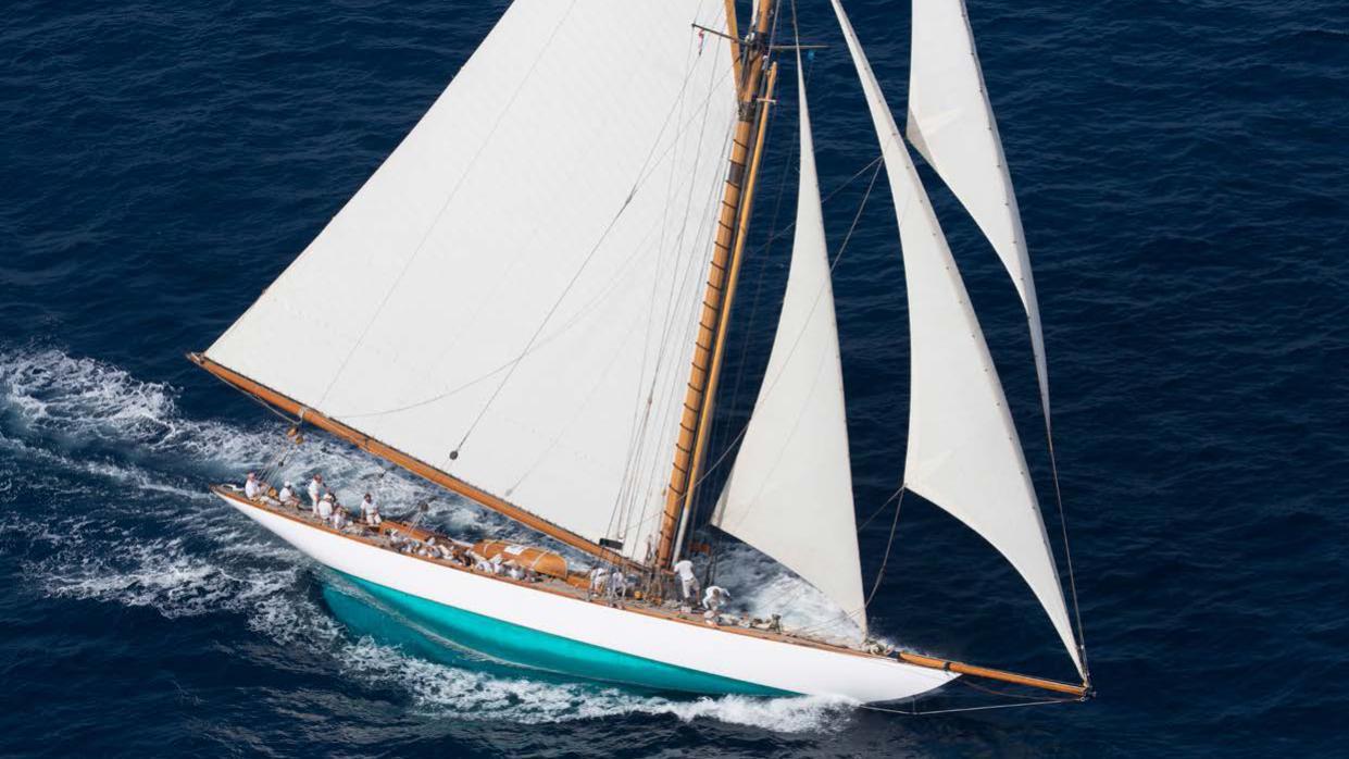 mariquita-yacht-sailing-aerial