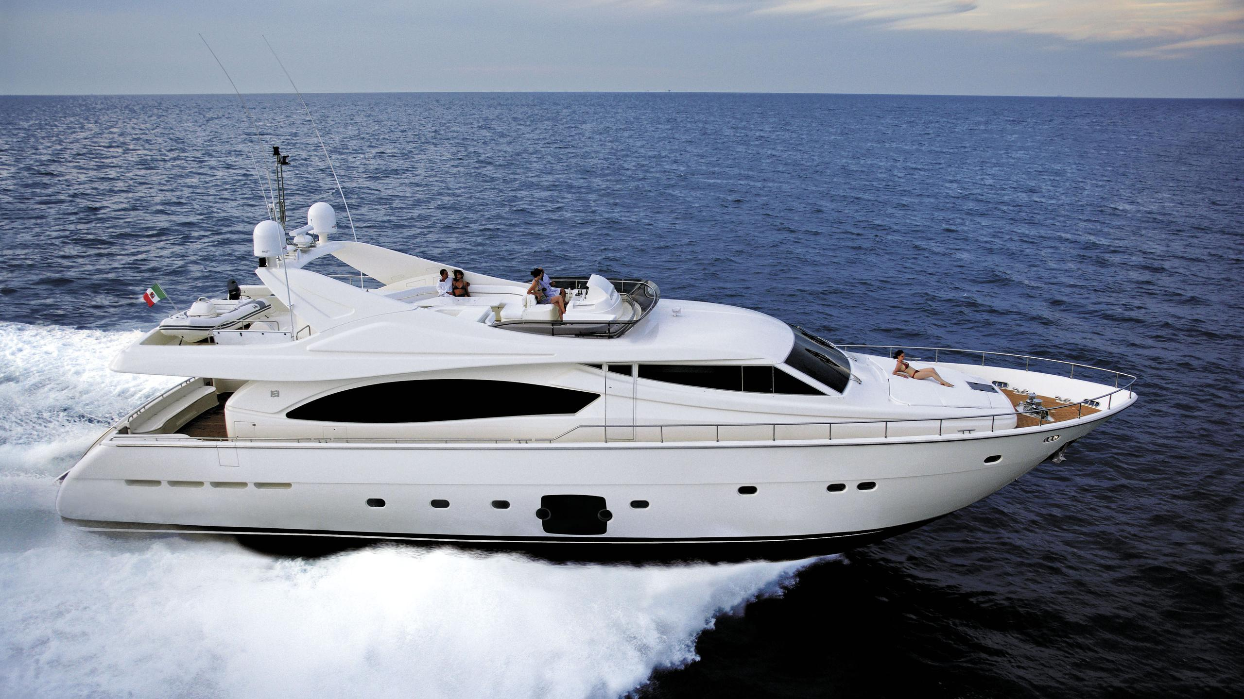 la-scala-yacht-for-sale-profile