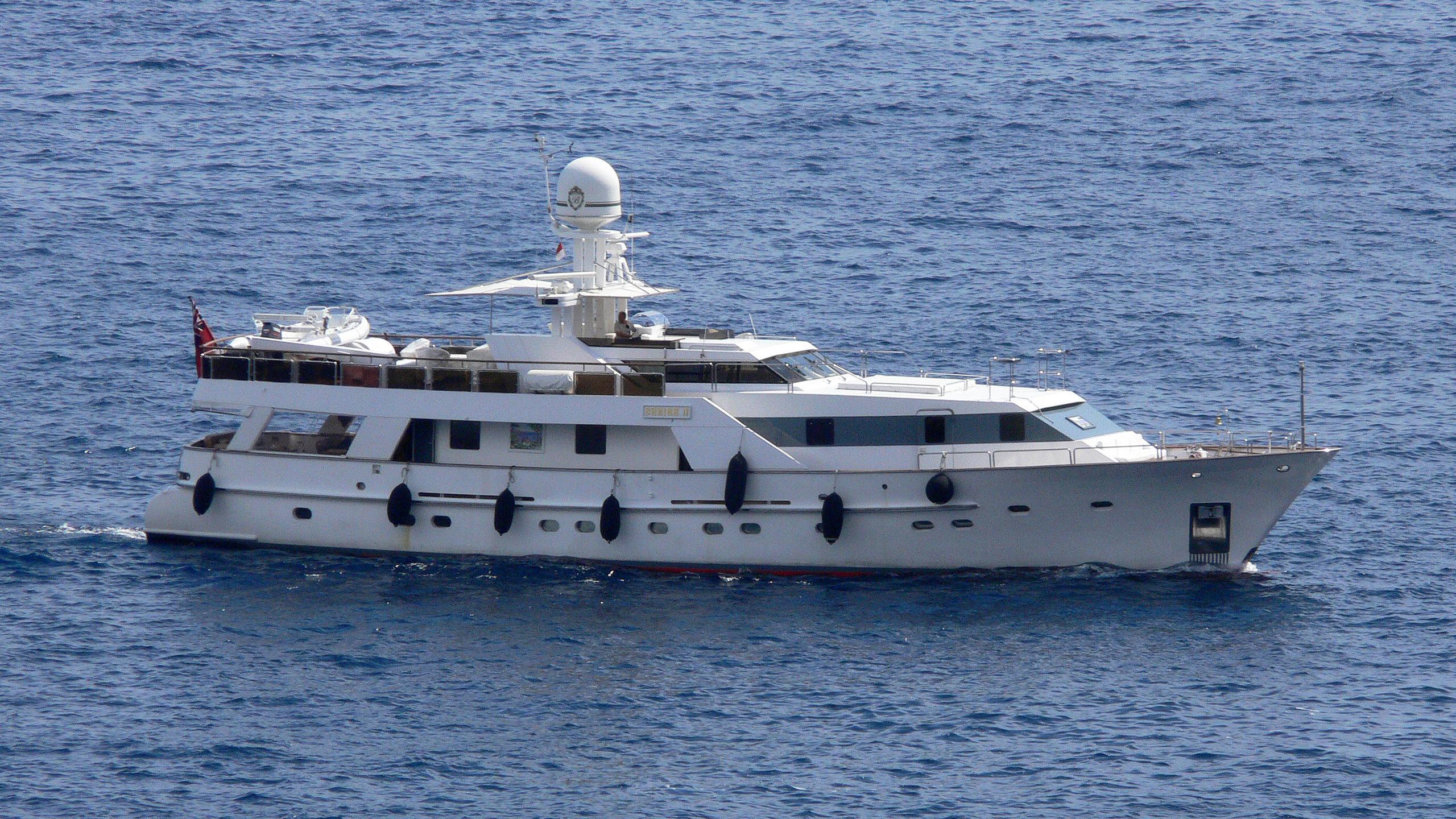 bahira-ii-yacht-exterior
