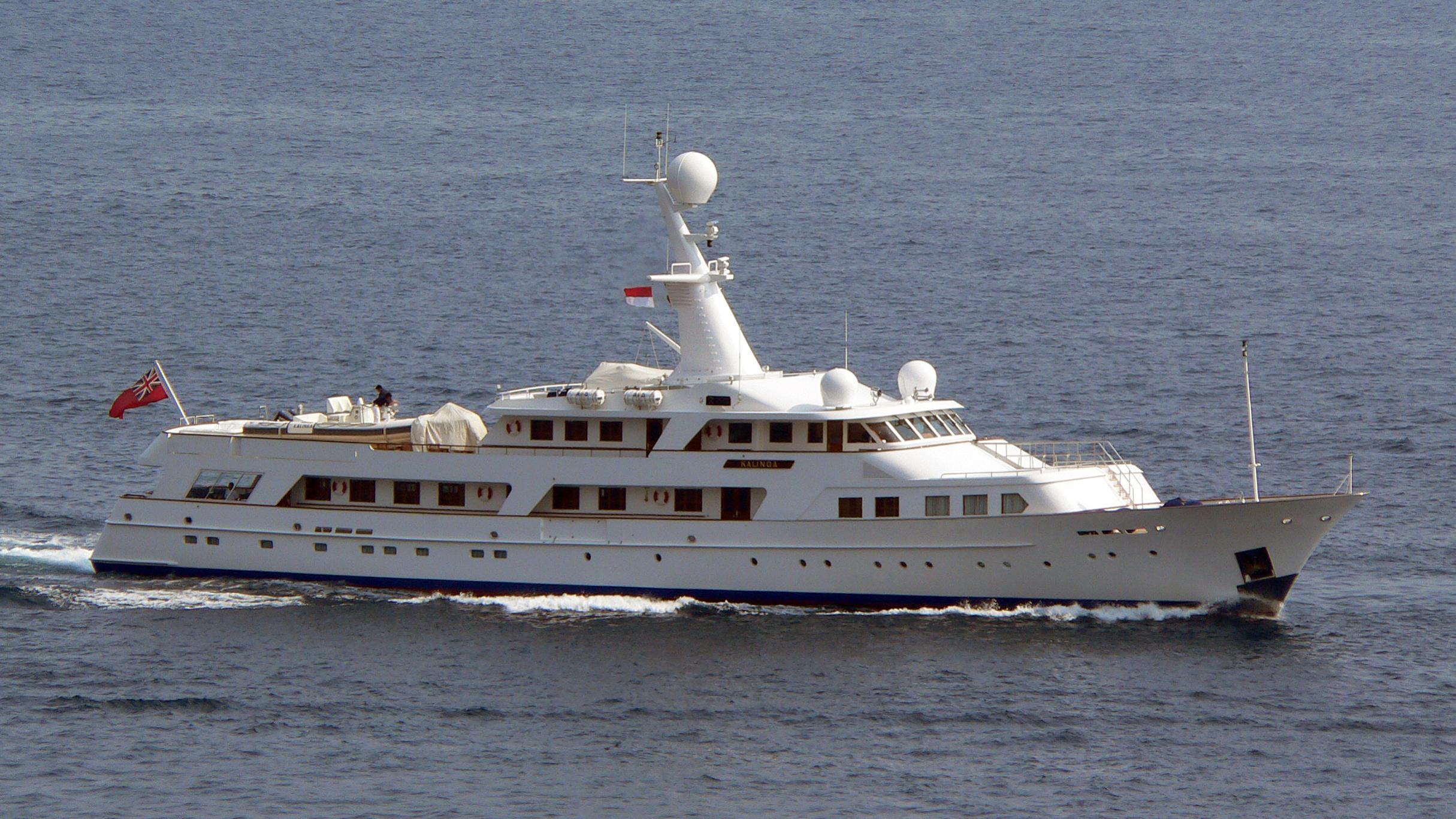 kalinga-yacht-exterior