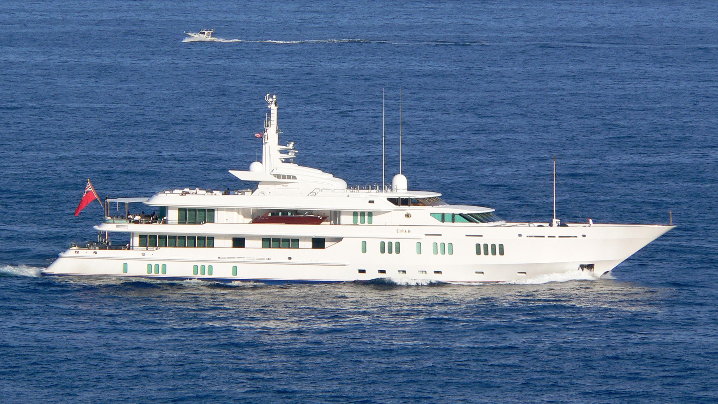 siran-1991-yacht-exterior