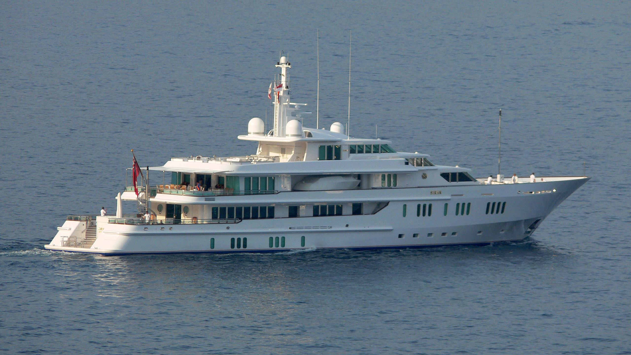 siran-2007-yacht-exterior