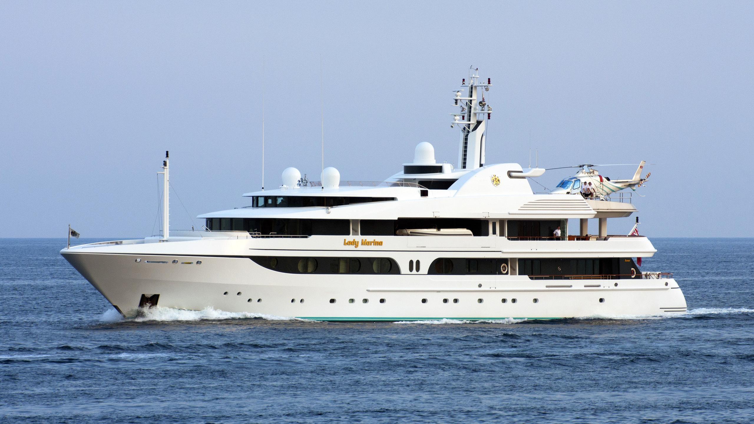 lady-marina-yacht-exterior