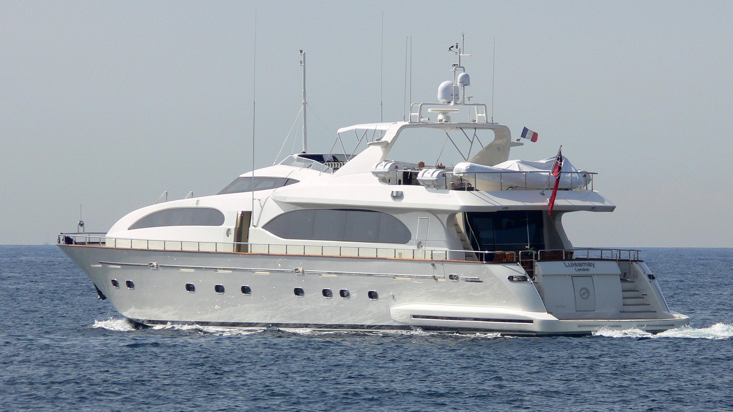 luisamay-iii-yacht-exterior
