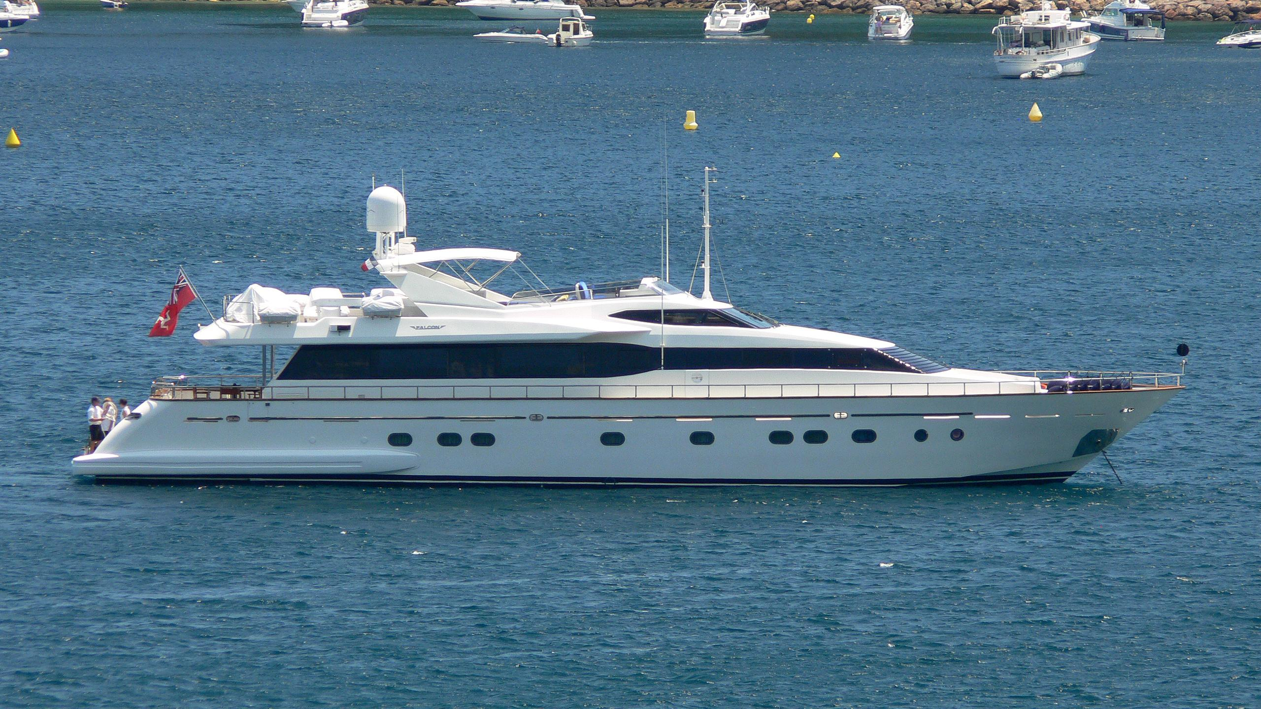bojangles-yacht-exterior