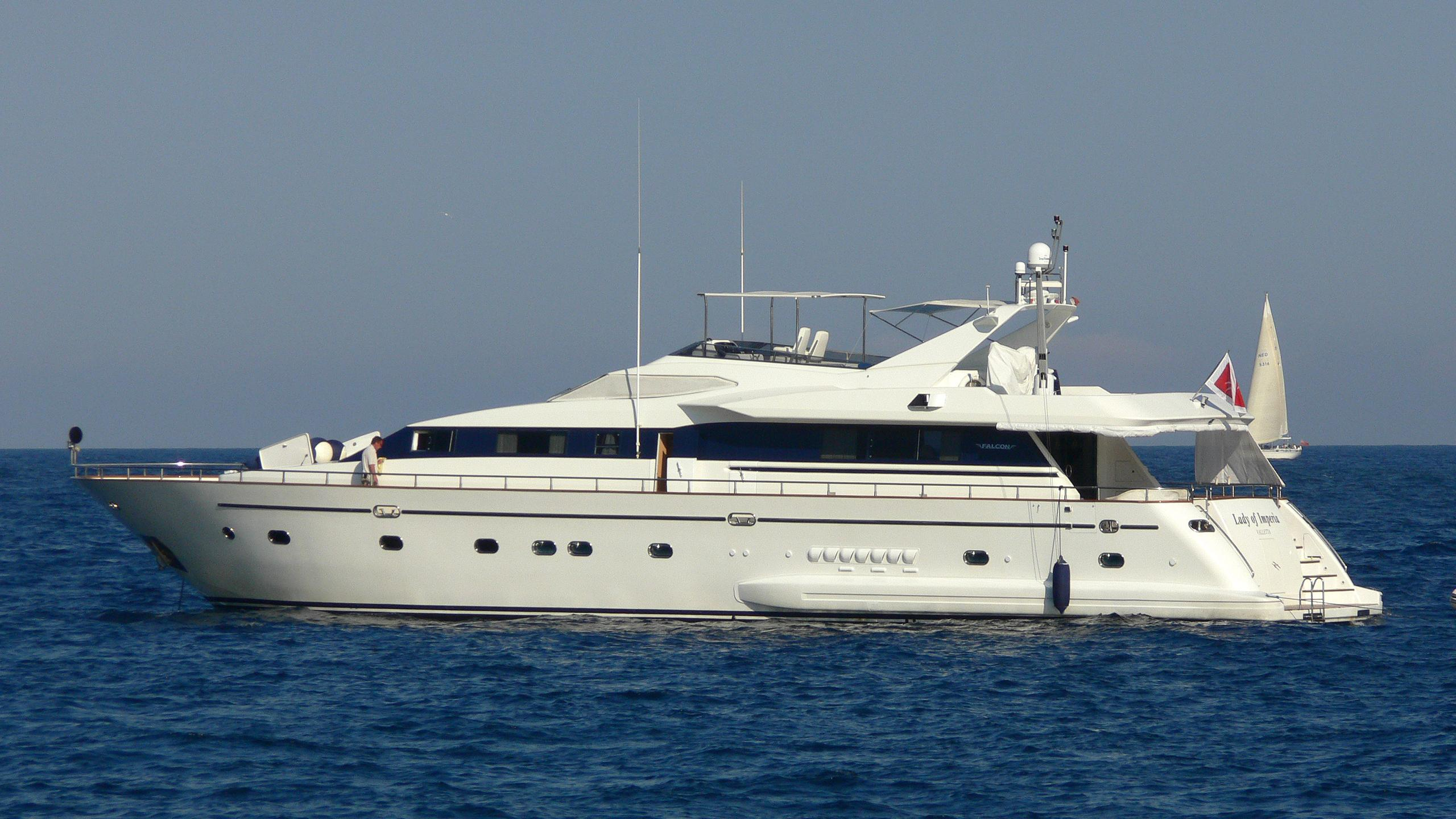 lady-of-imperia-yacht-exterior