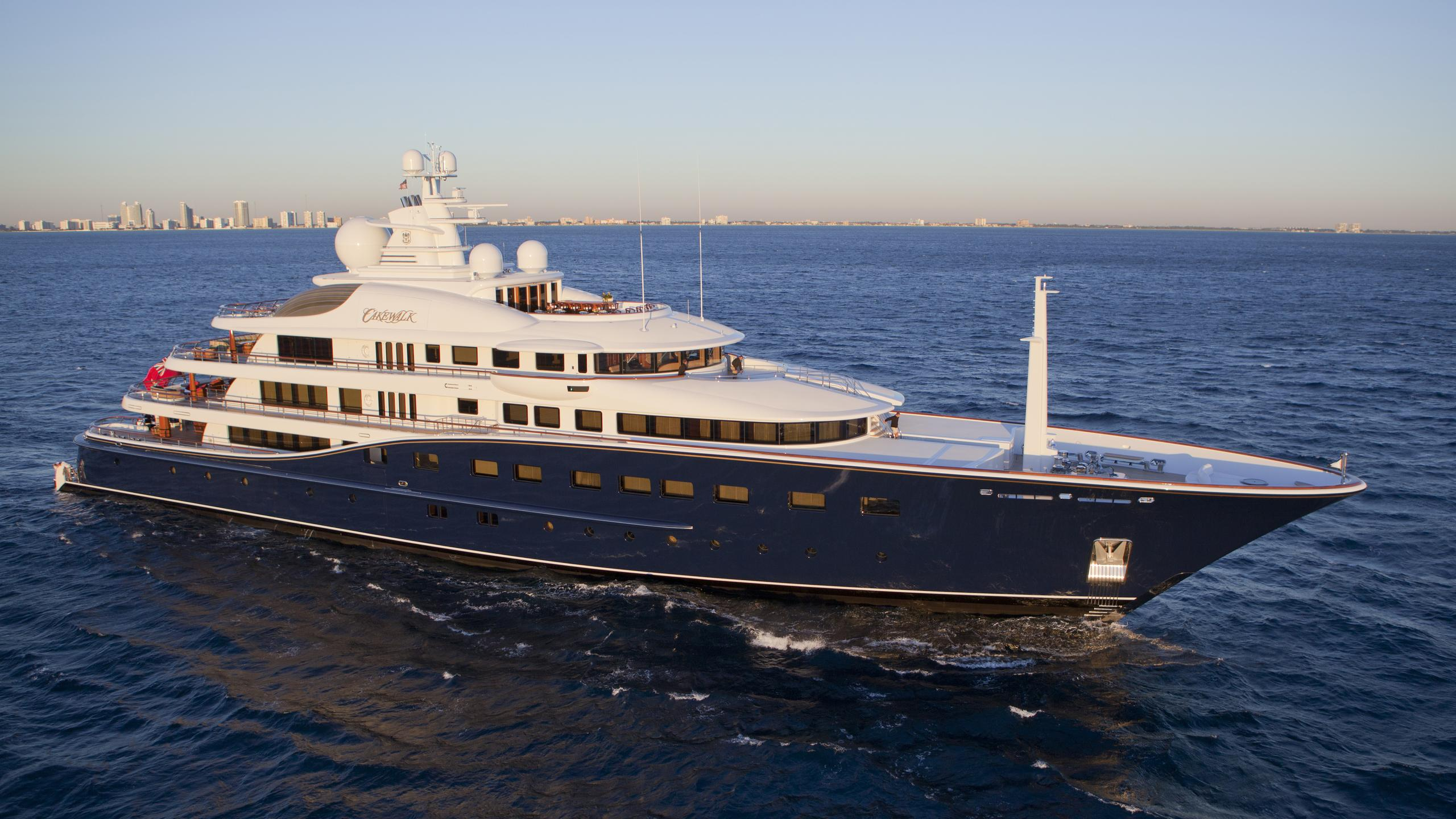 cakewalk-yacht-for-sale-profile
