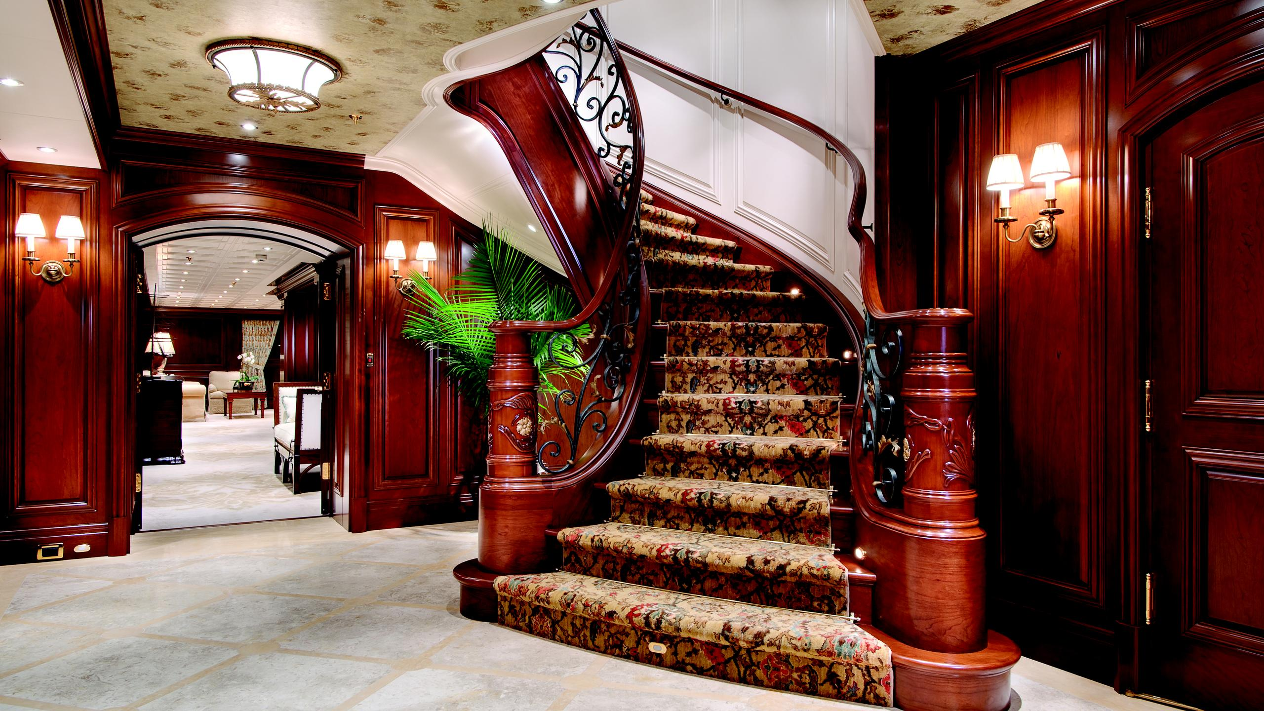 cakewalk-yacht-staircase