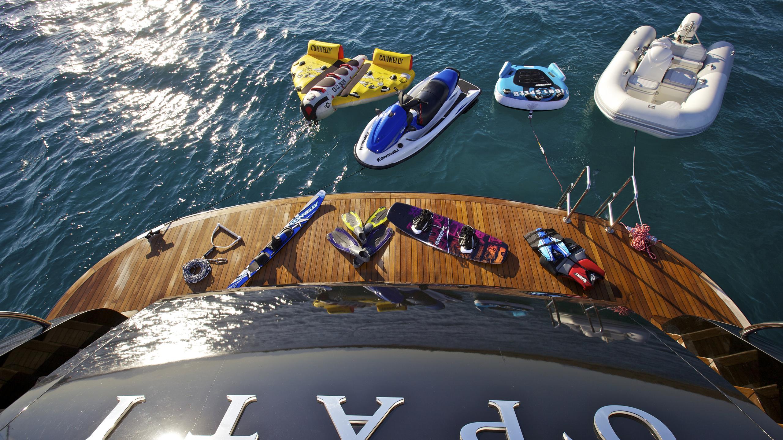 opati-yacht-toys