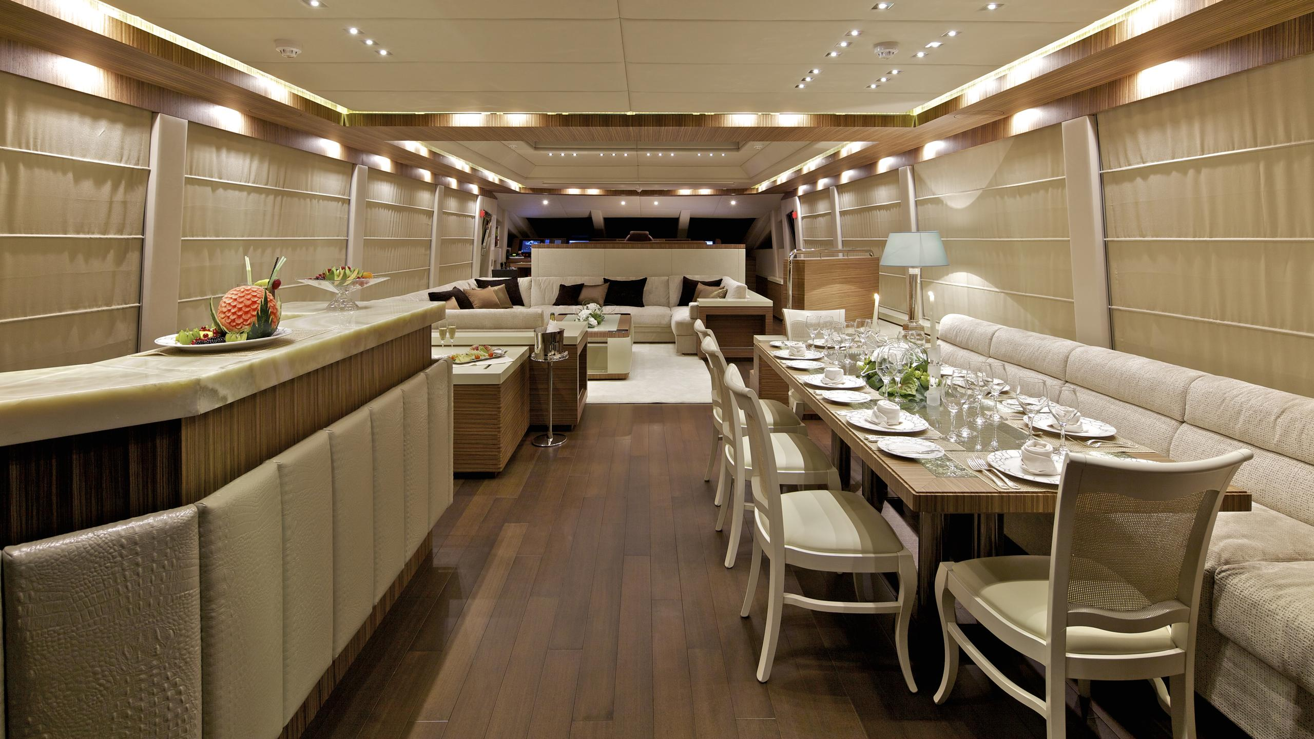 opati-yacht-formal-dining