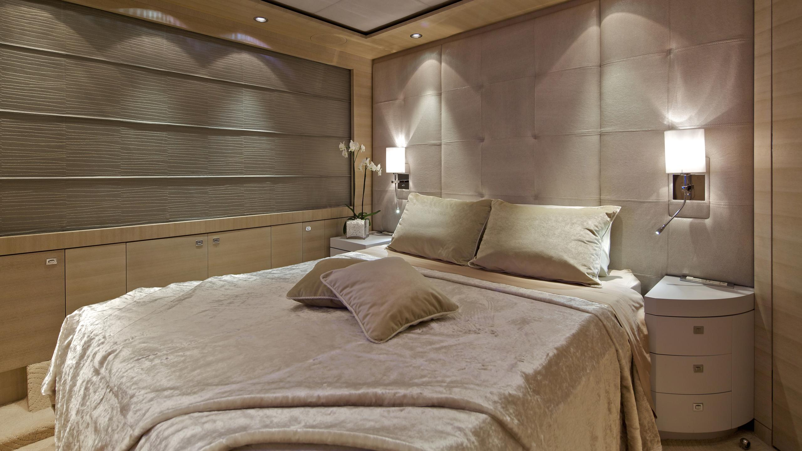 opati-yacht-double-cabin
