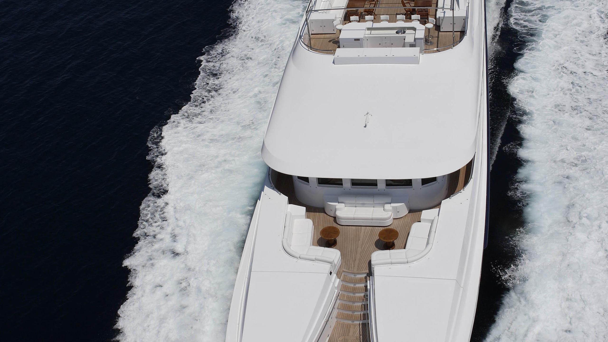 oceanos-yacht-bow-aerial