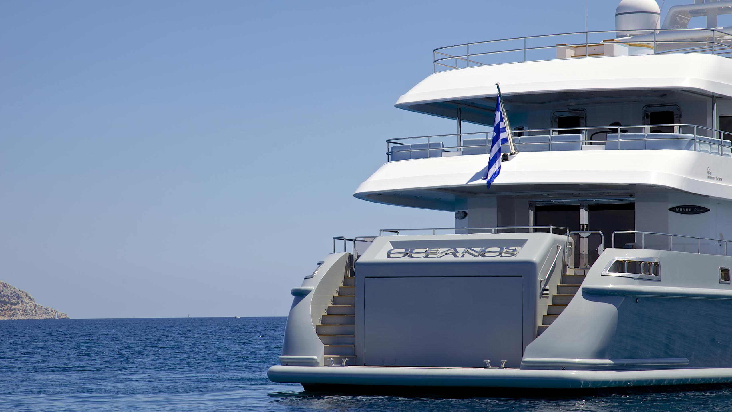 oceanos-yacht-stern