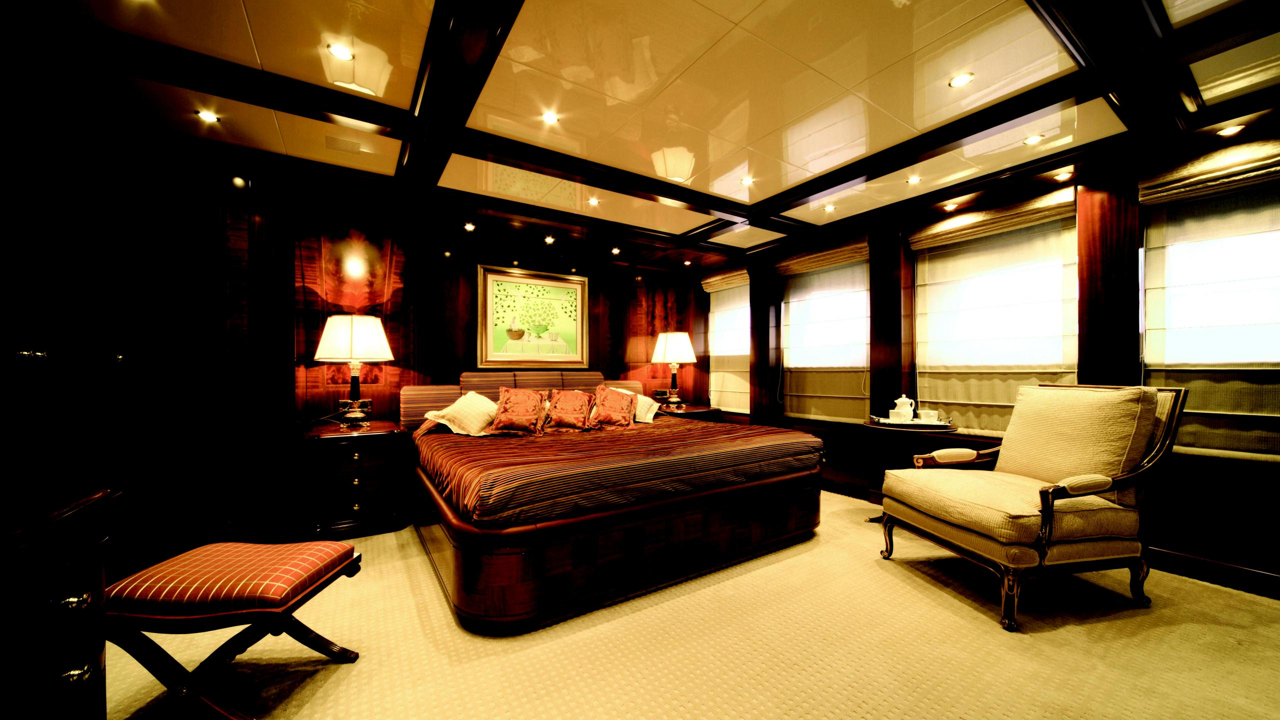 oceanos-yacht-double-cabin