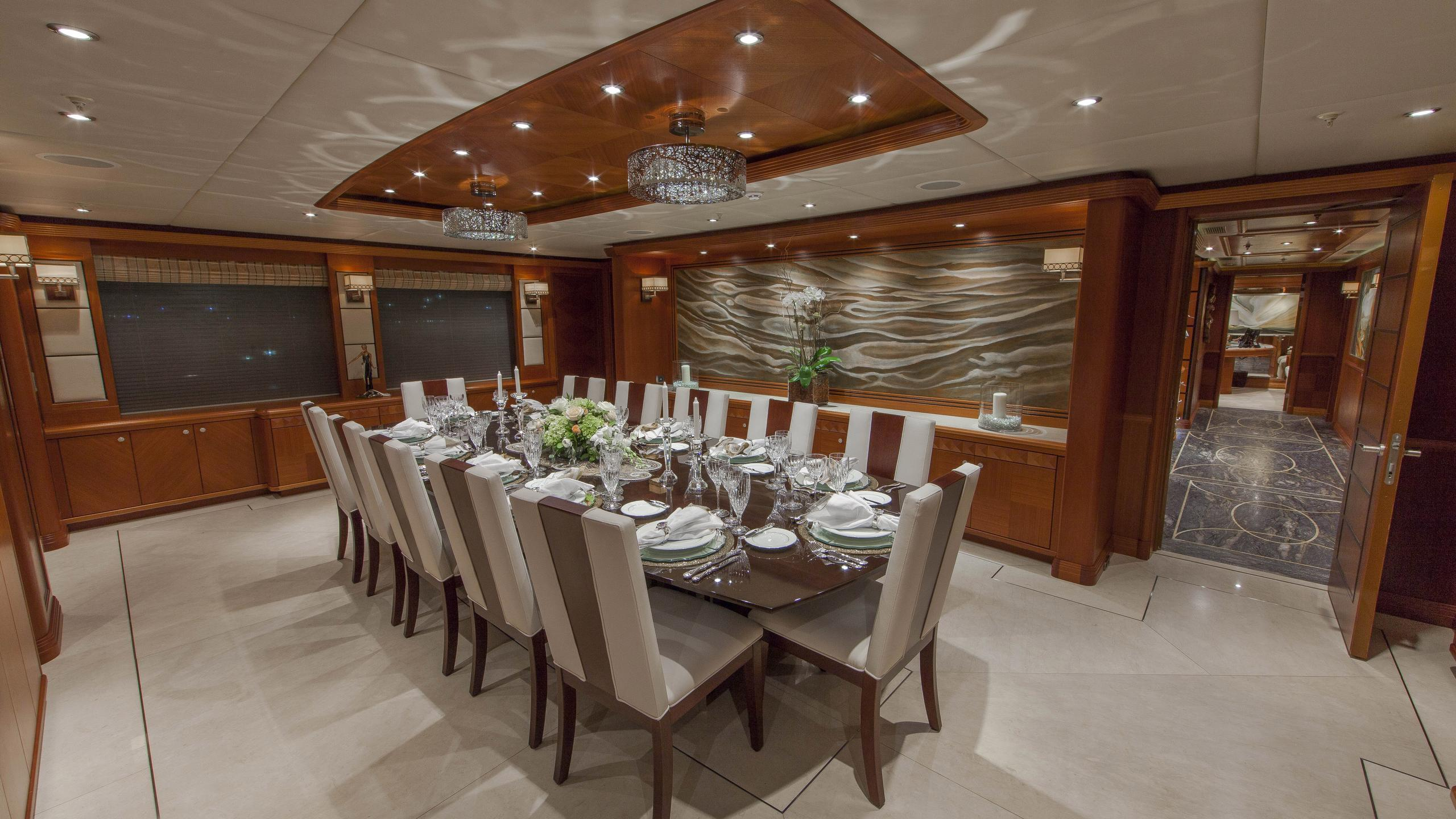 skyfall-yacht-formal-dining