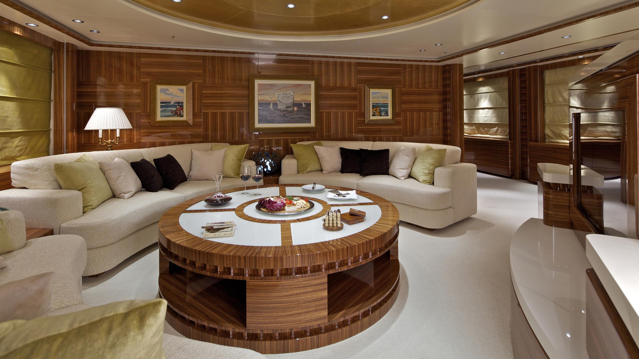 o'rama-yacht-lounge