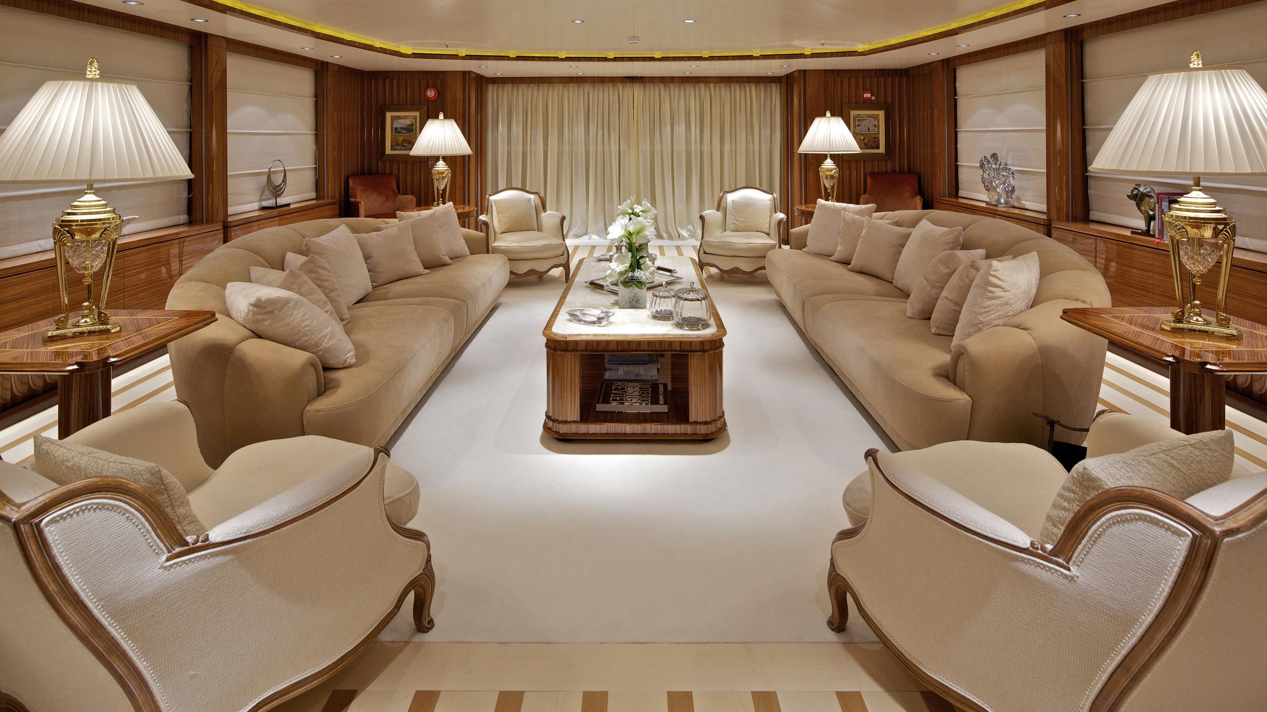 orama-yacht-saloon