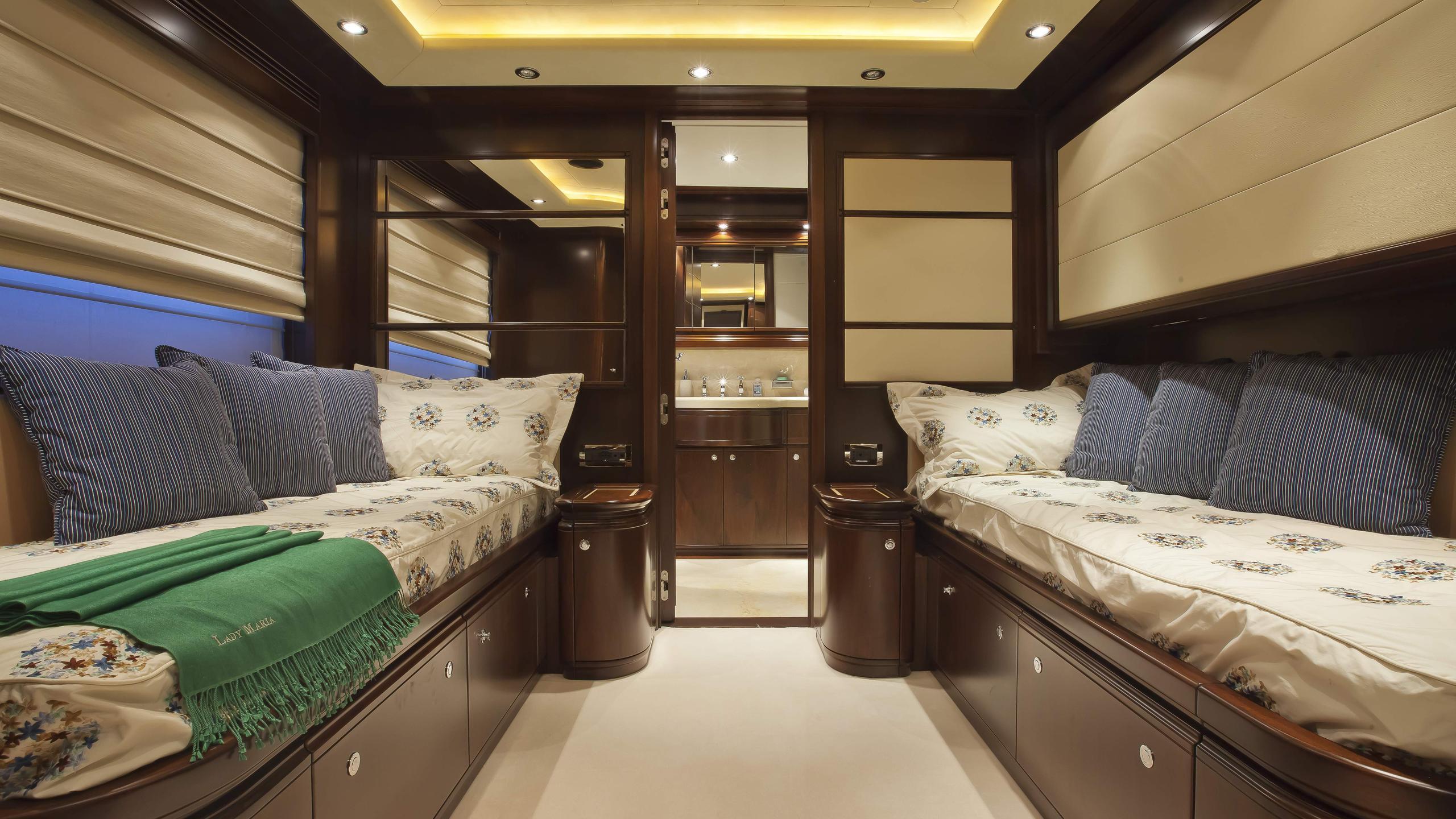 lady-maria-yacht-twin-cabin
