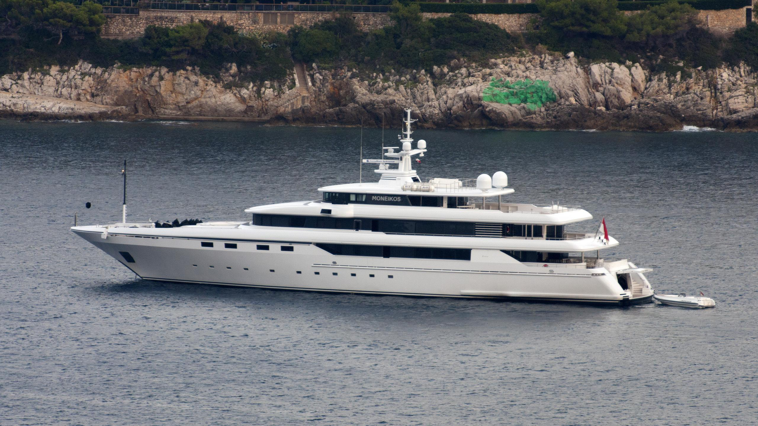 moneikos-yacht-exterior
