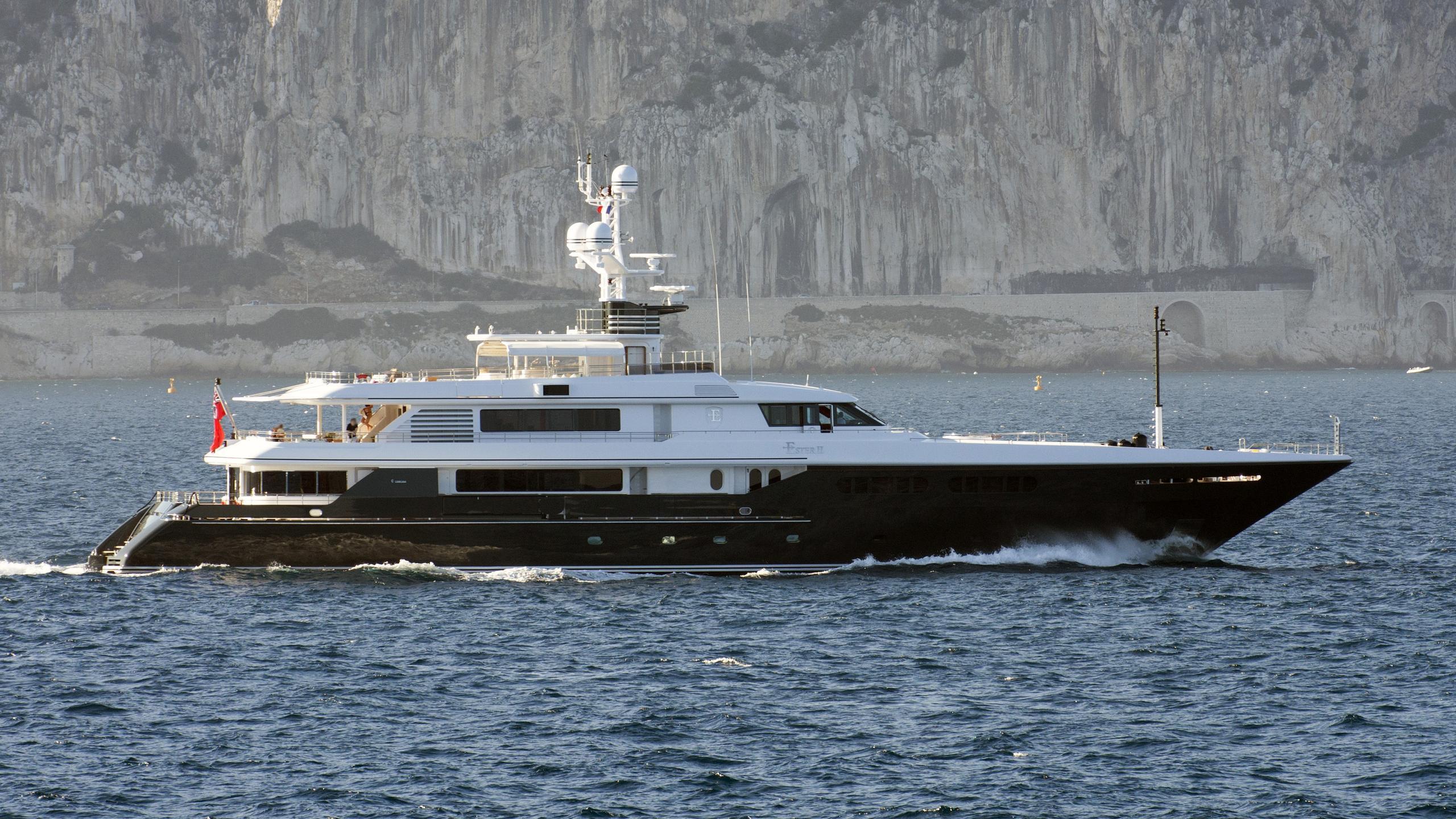 emerald ester ii motoryacht codecasa 51m 2005 profile