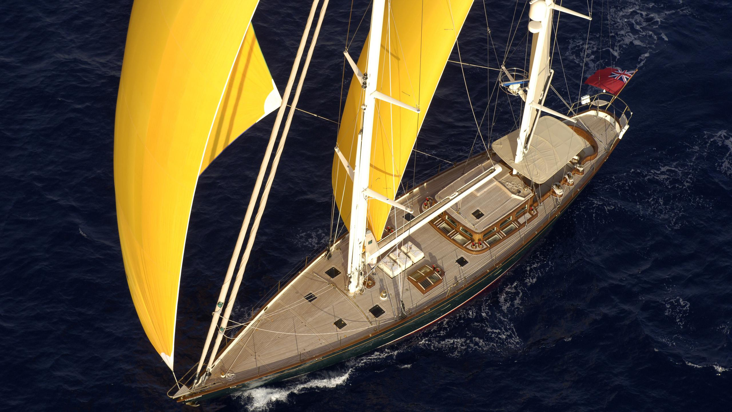 velacarina-yacht-aerial